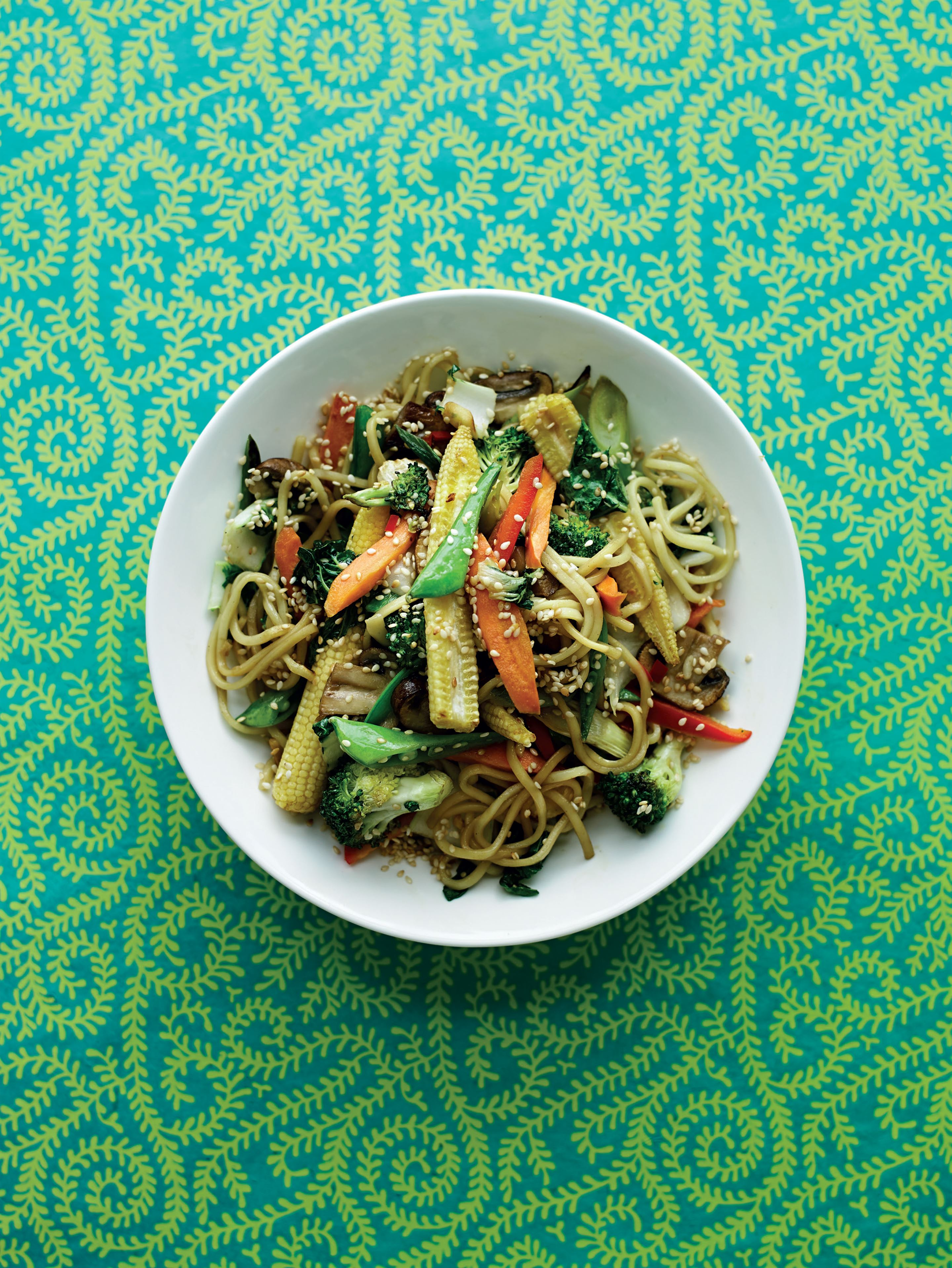 Stir-fried oriental noodles with ginger and sesame