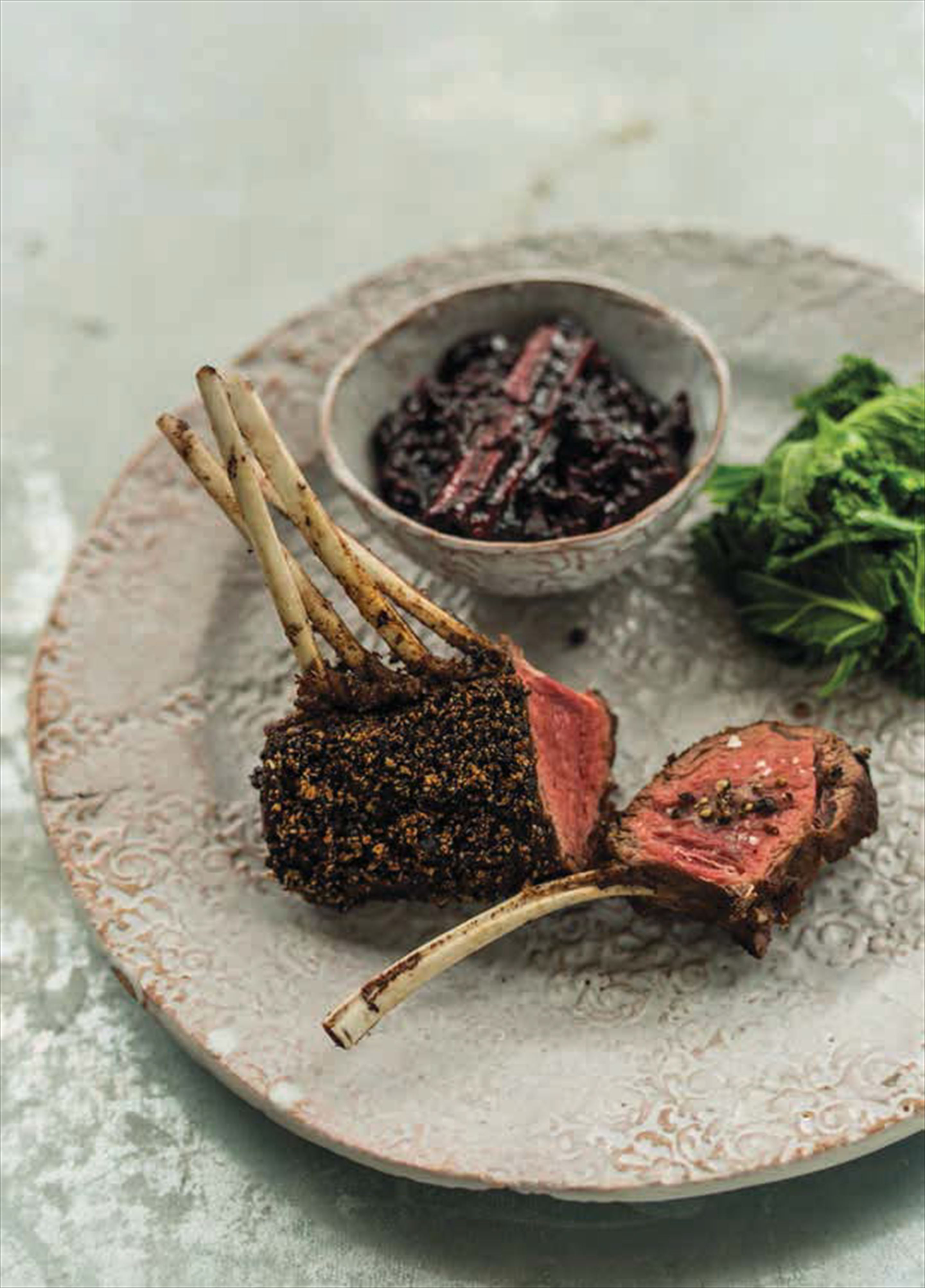 Roast rack of venison with a blueberry and juniper crust