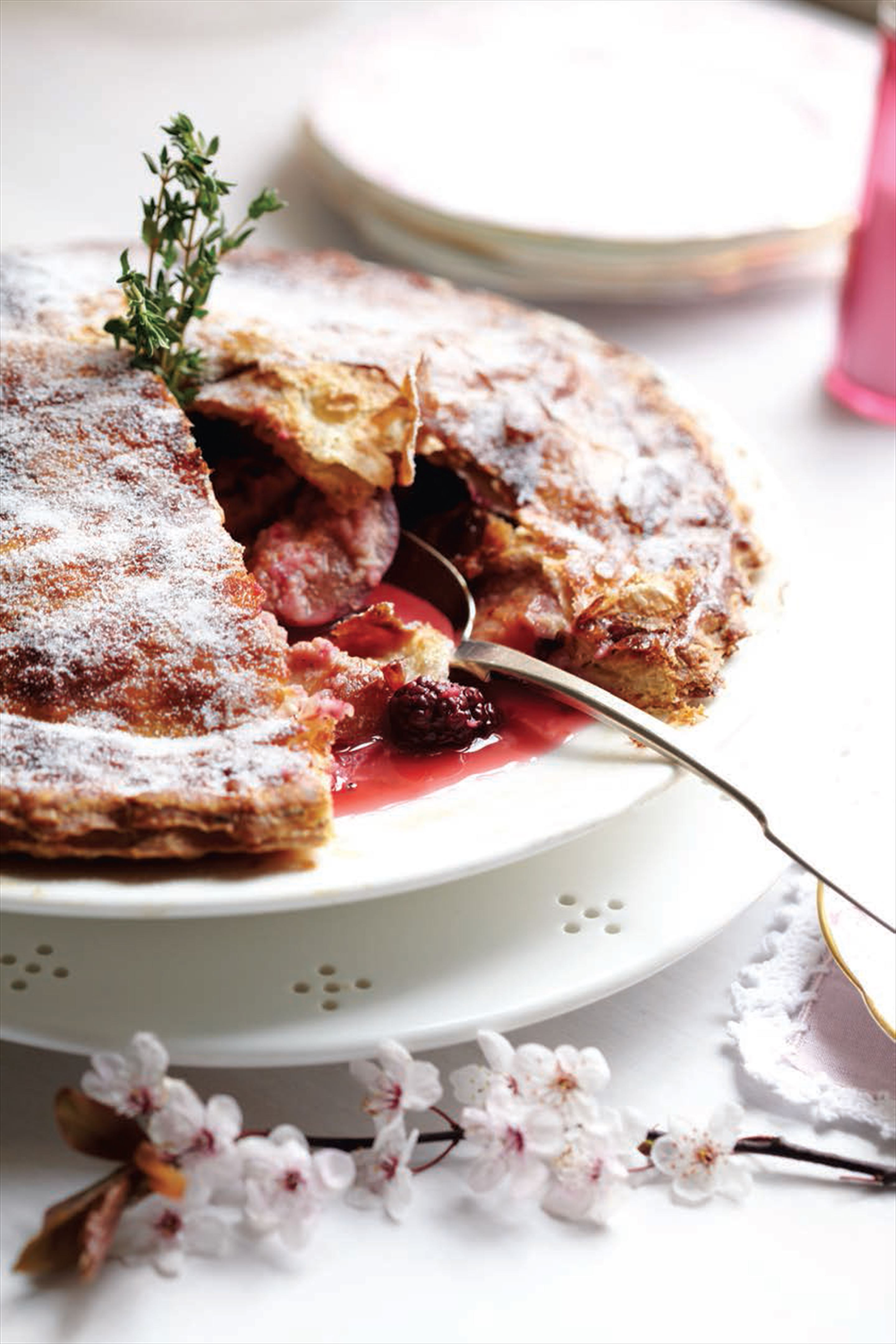 Damson and blackberry plate pie
