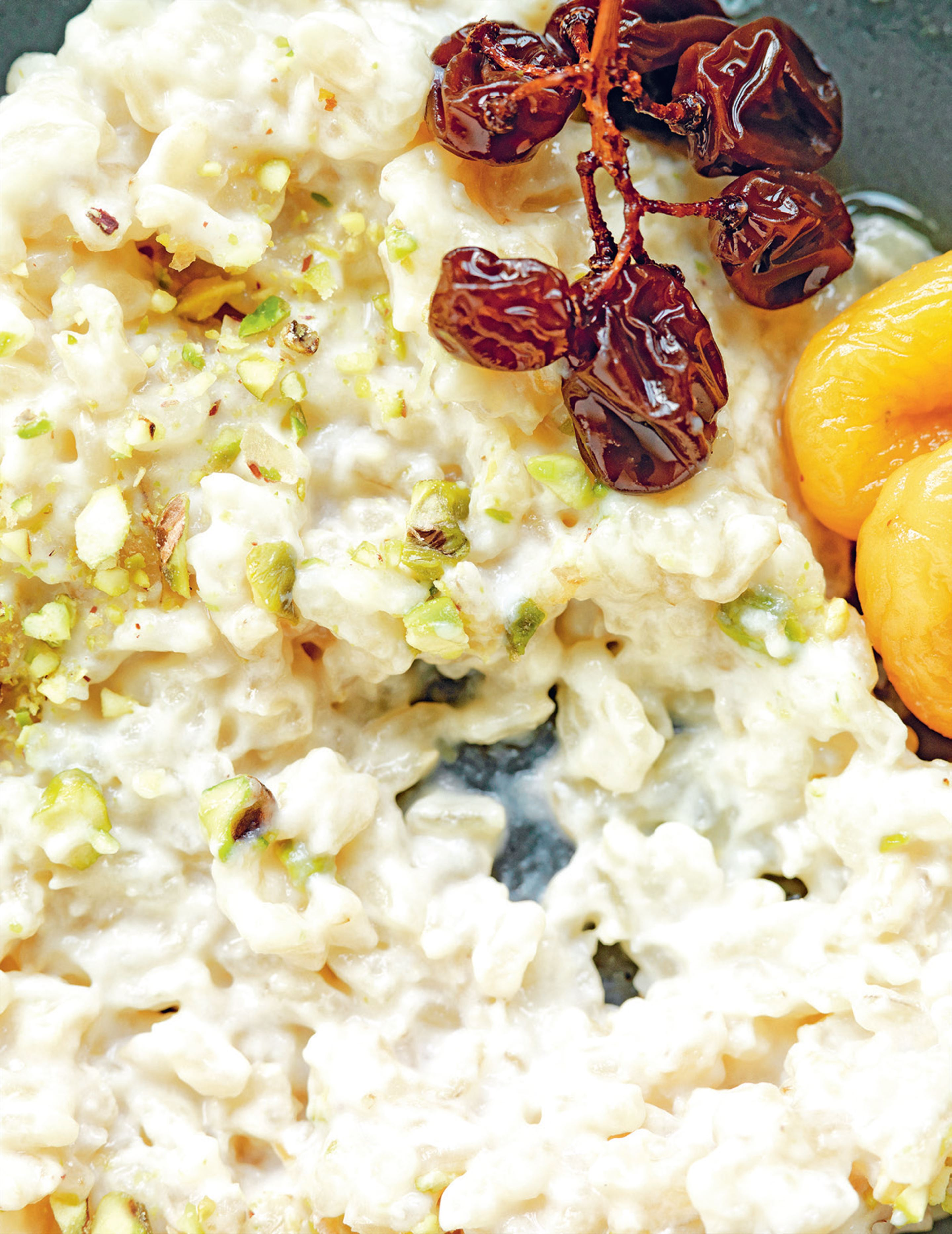 Brown rice pudding with dried fruit in verjuice & honey