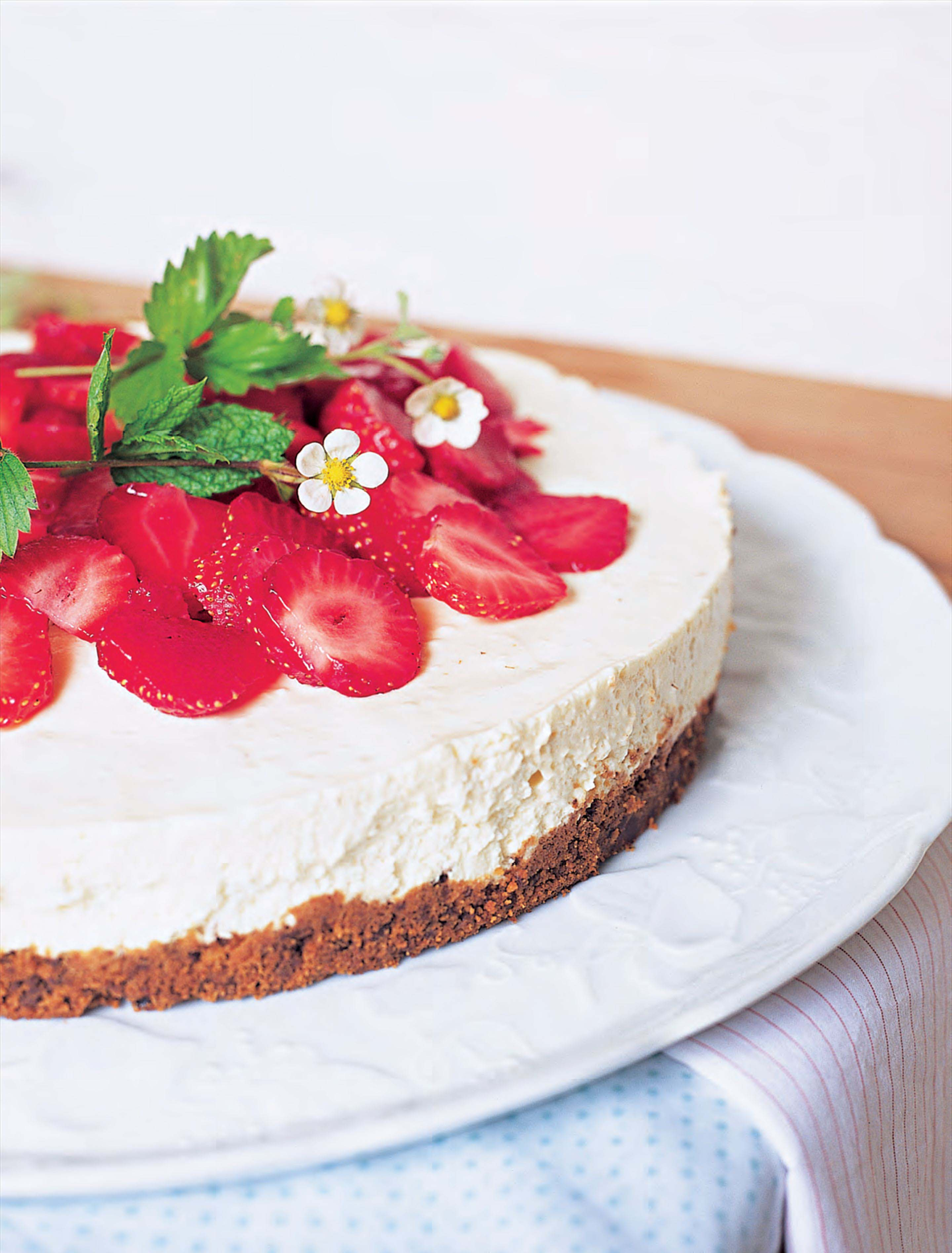 Strawberry, mint and balsamic cheesecake