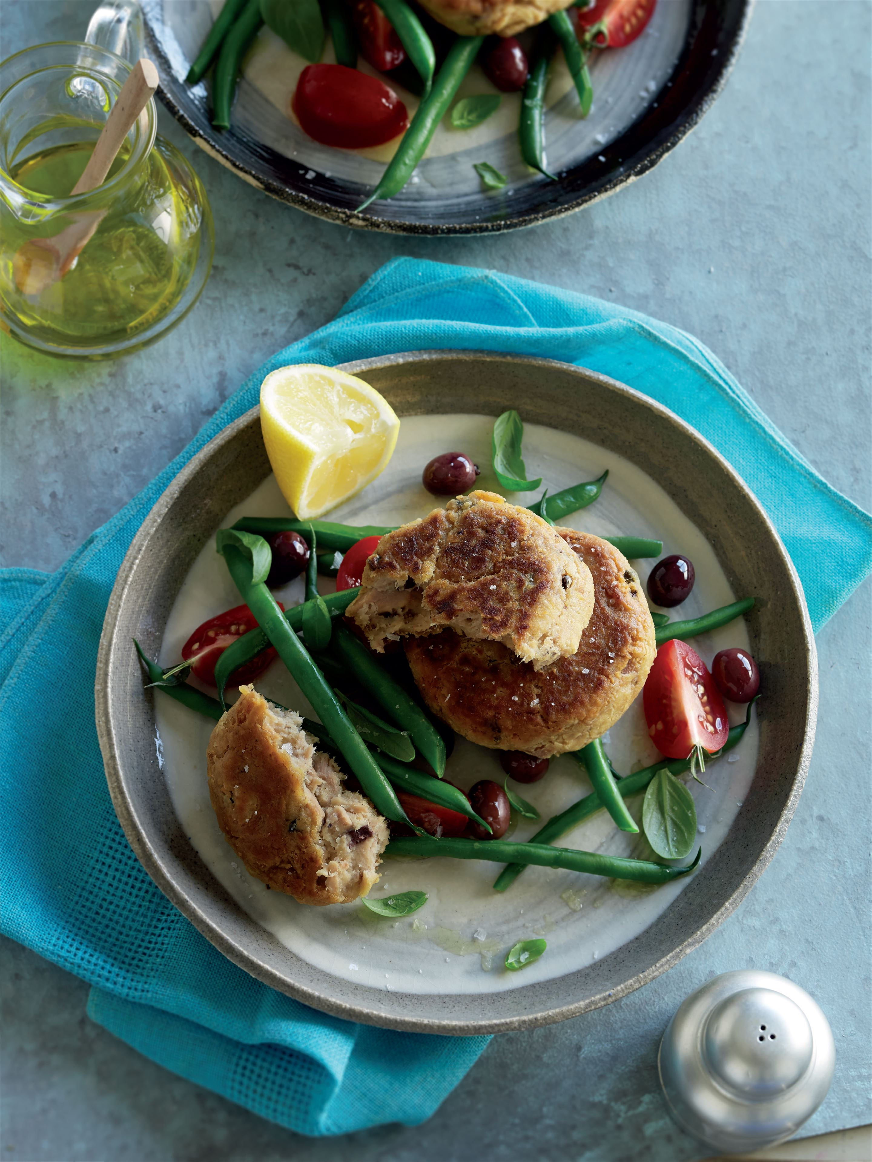 Tuna niçoise fishcakes