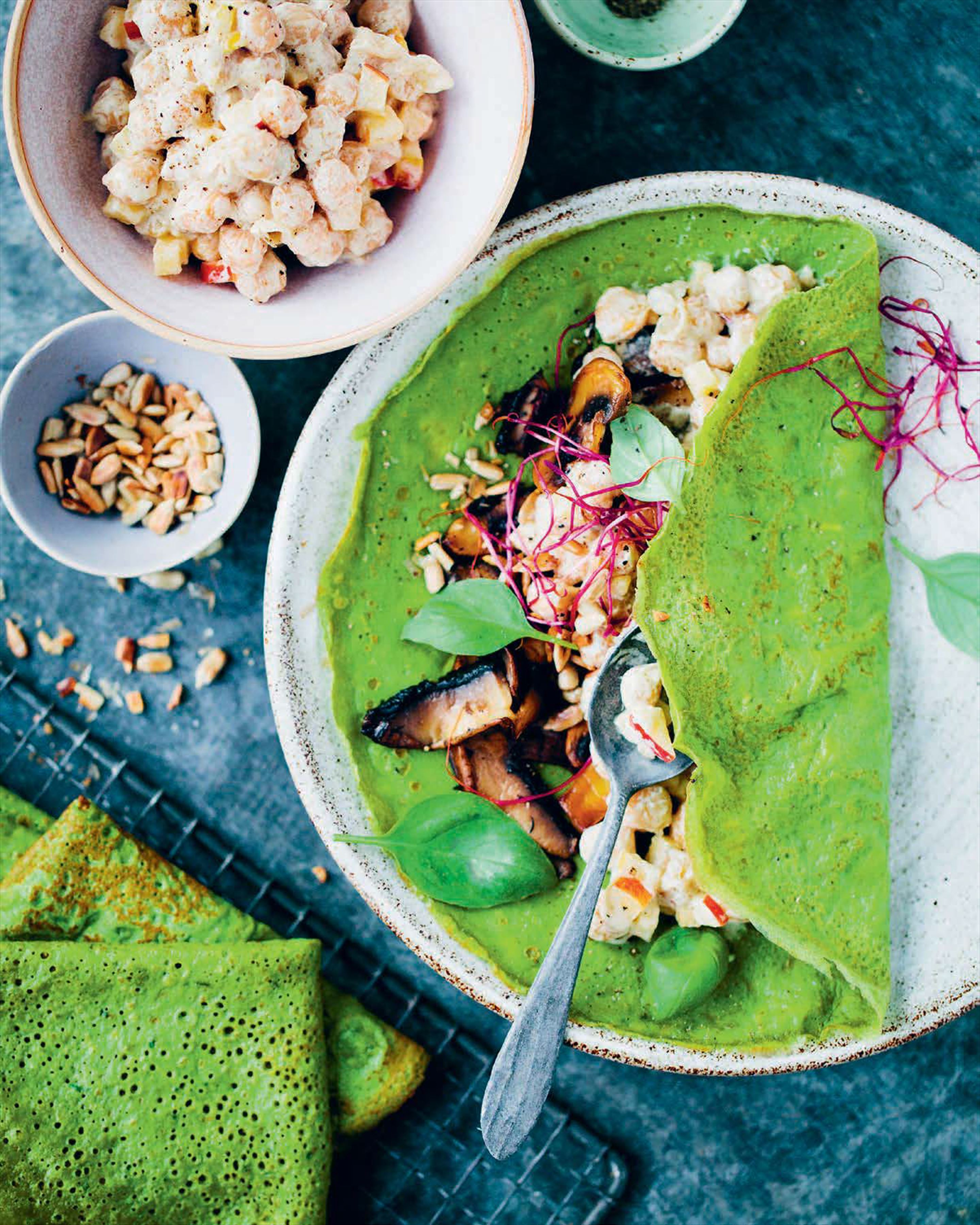 Spinach Crepes with Creamy Chickpeas and Mushrooms
