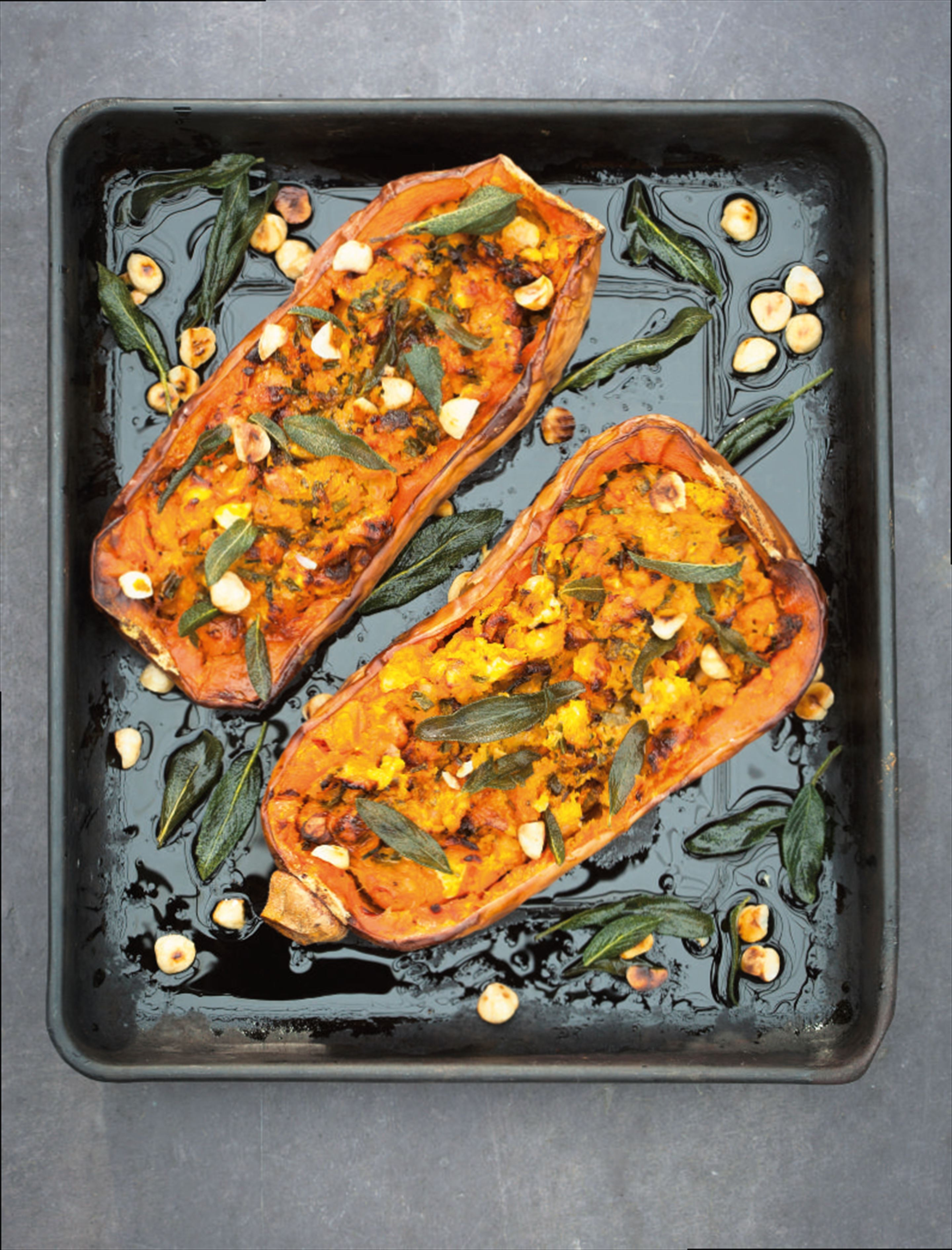 Stuffed butternut squash with creamy goats' cheese