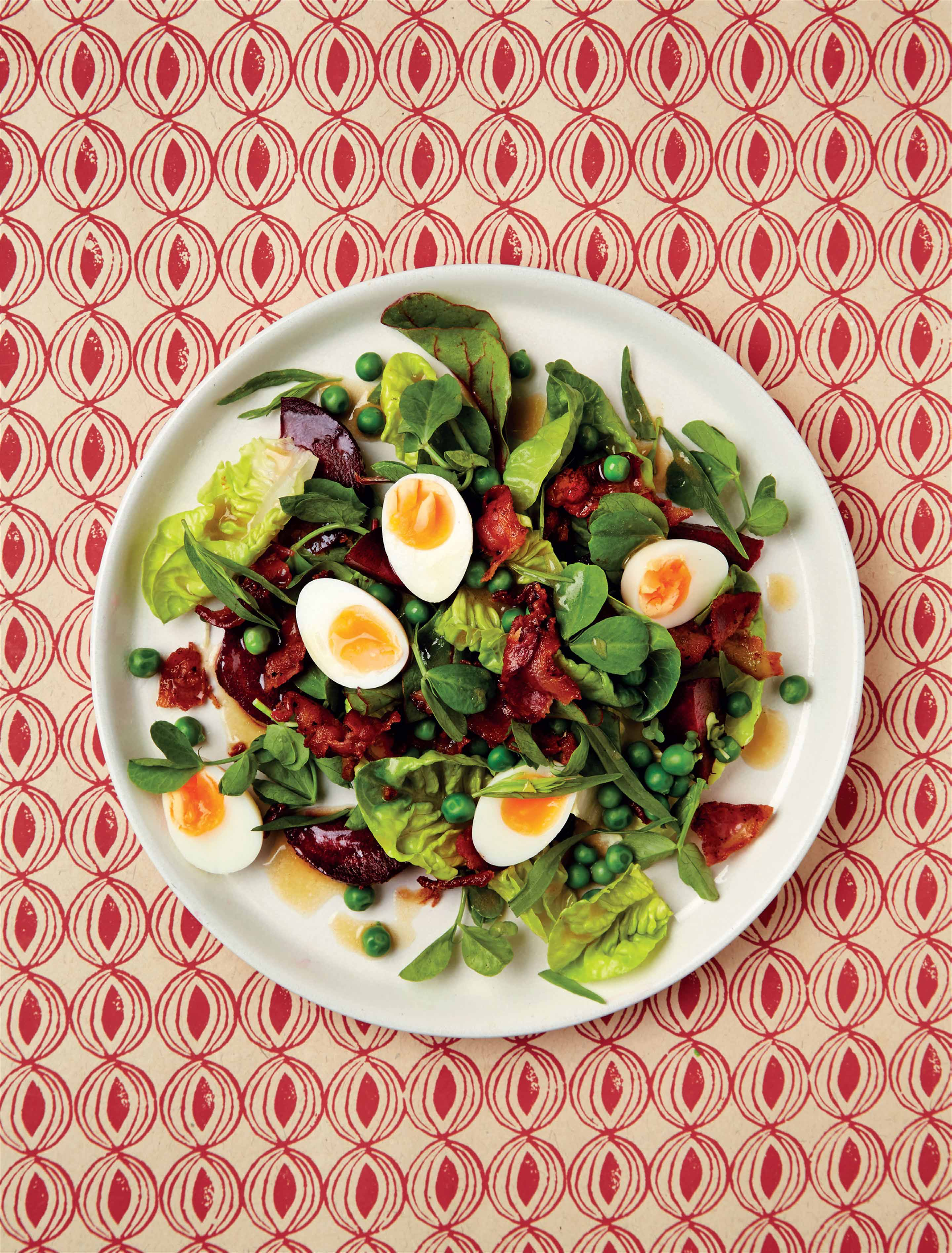 Bacon salad with beetroot & quail eggs