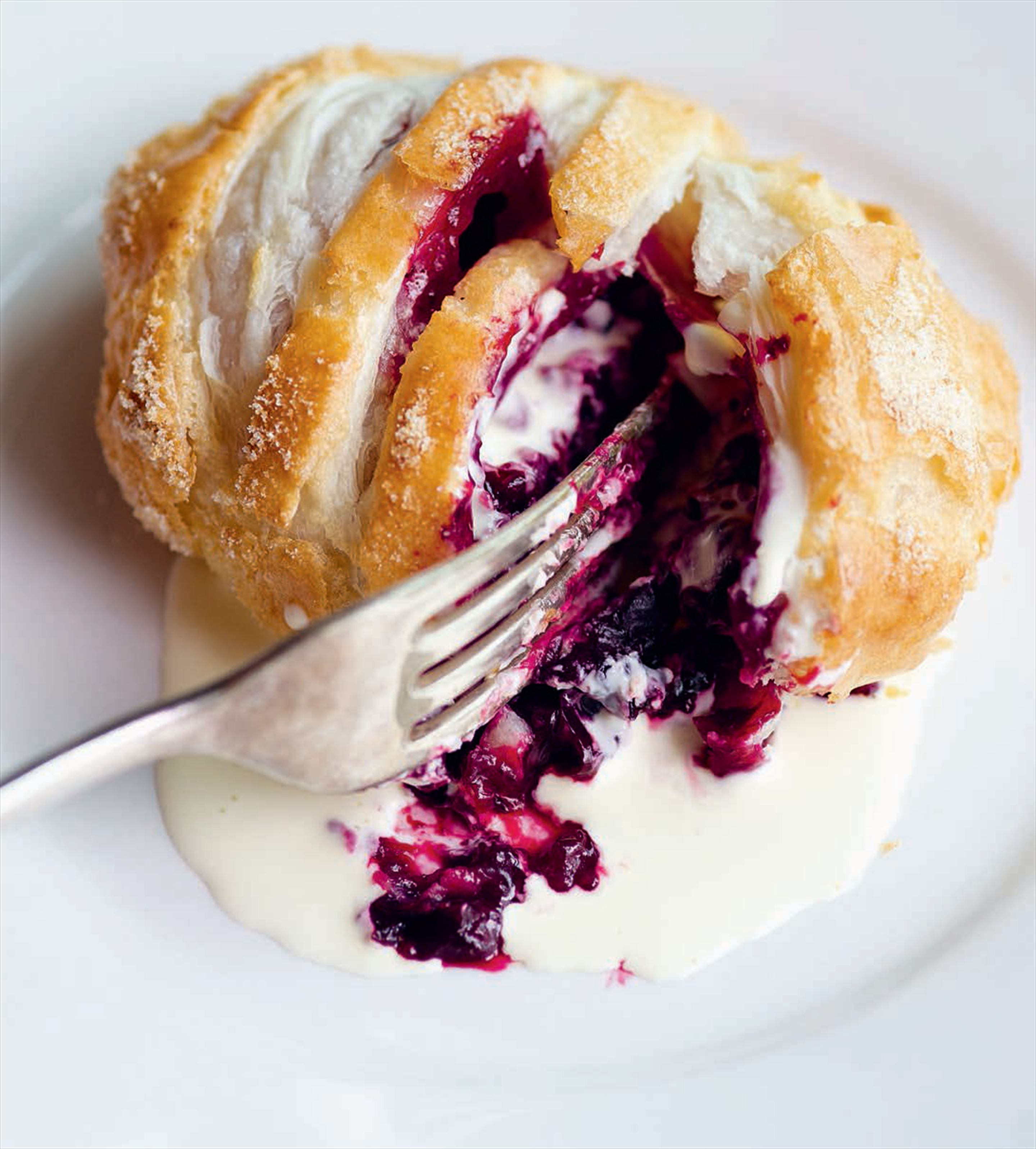 Blackcurrant Eccles cakes