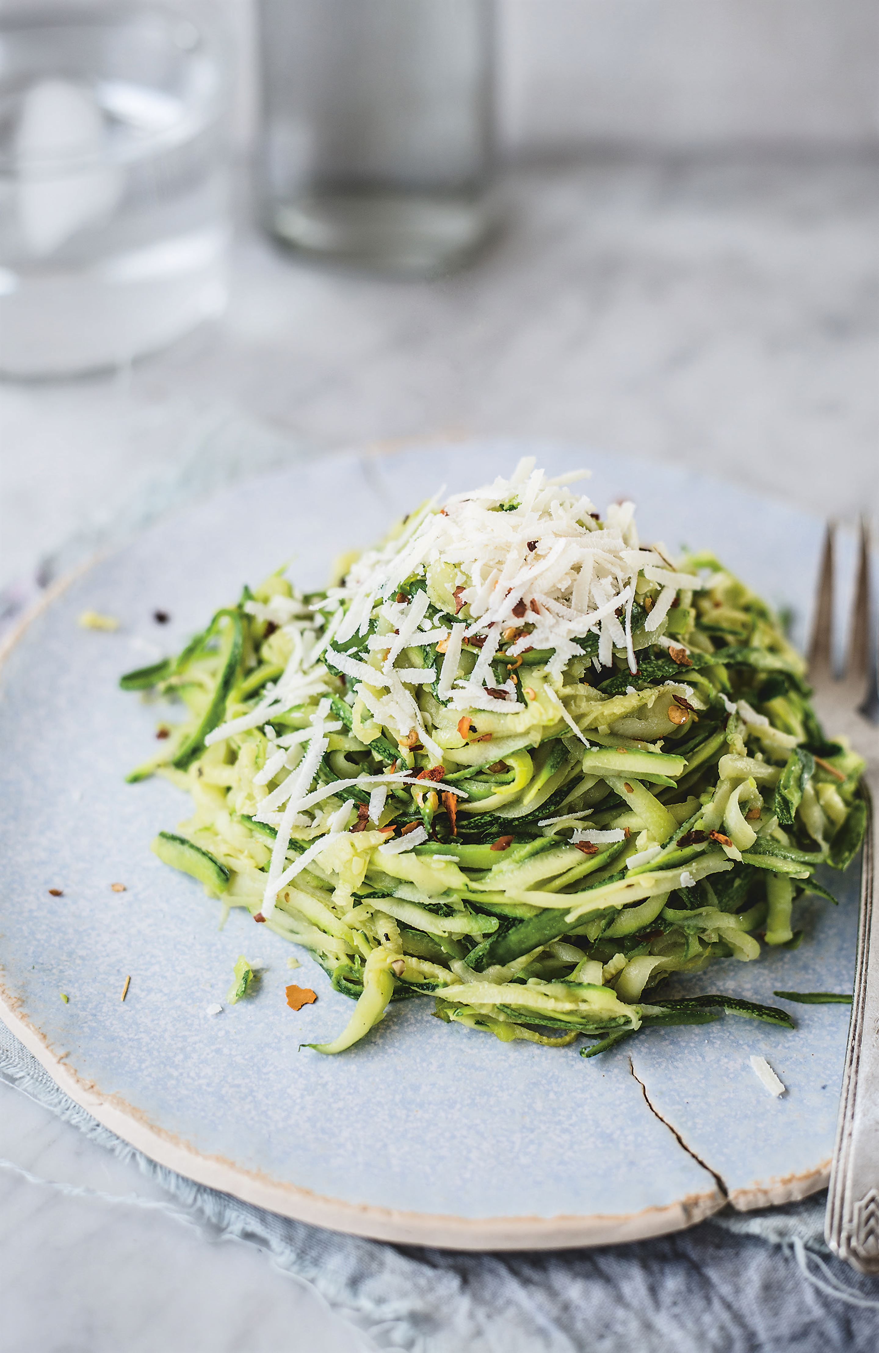 Courgette 'spaghetti' with chilli