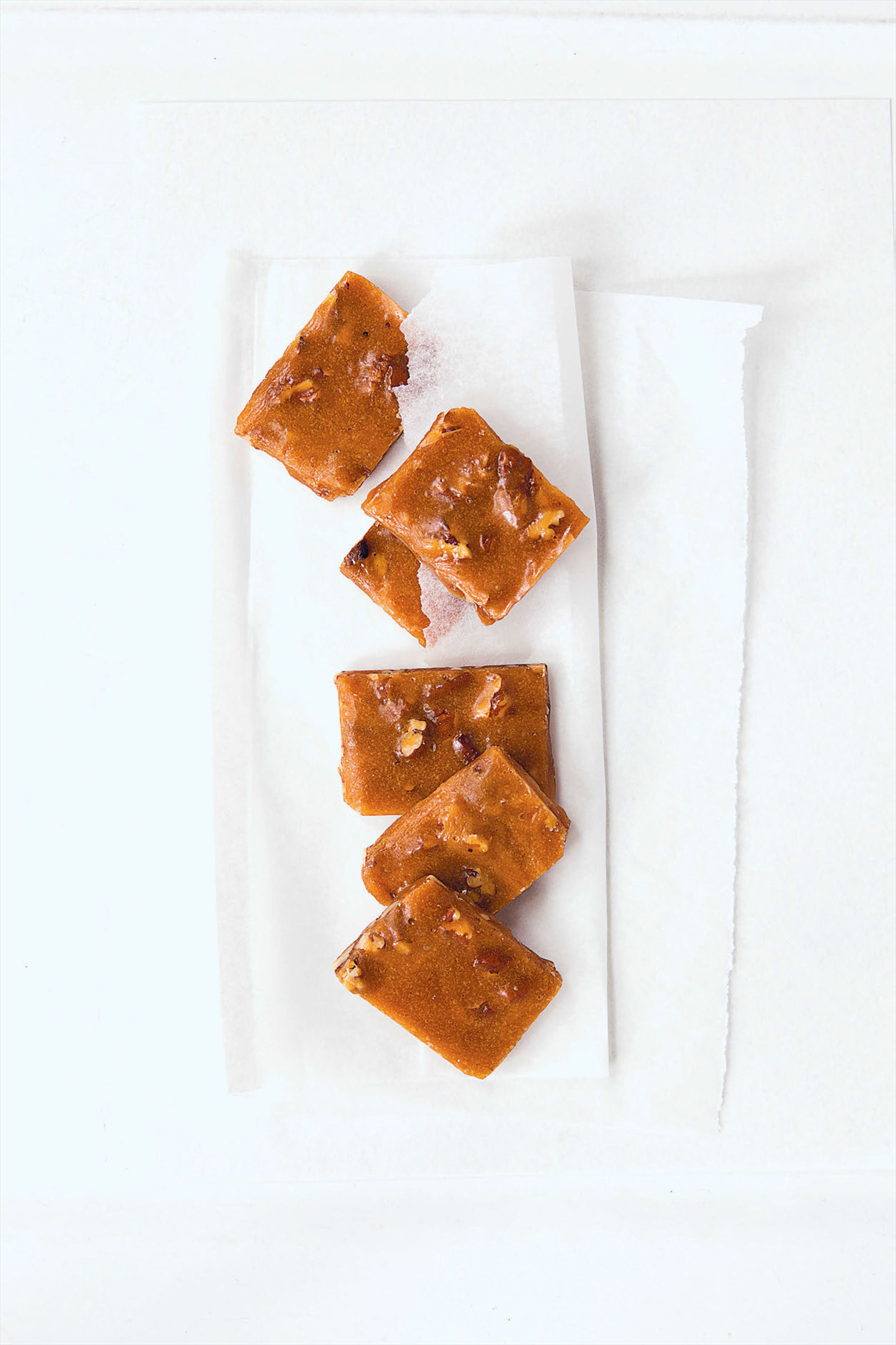 Pecan and maple toffee