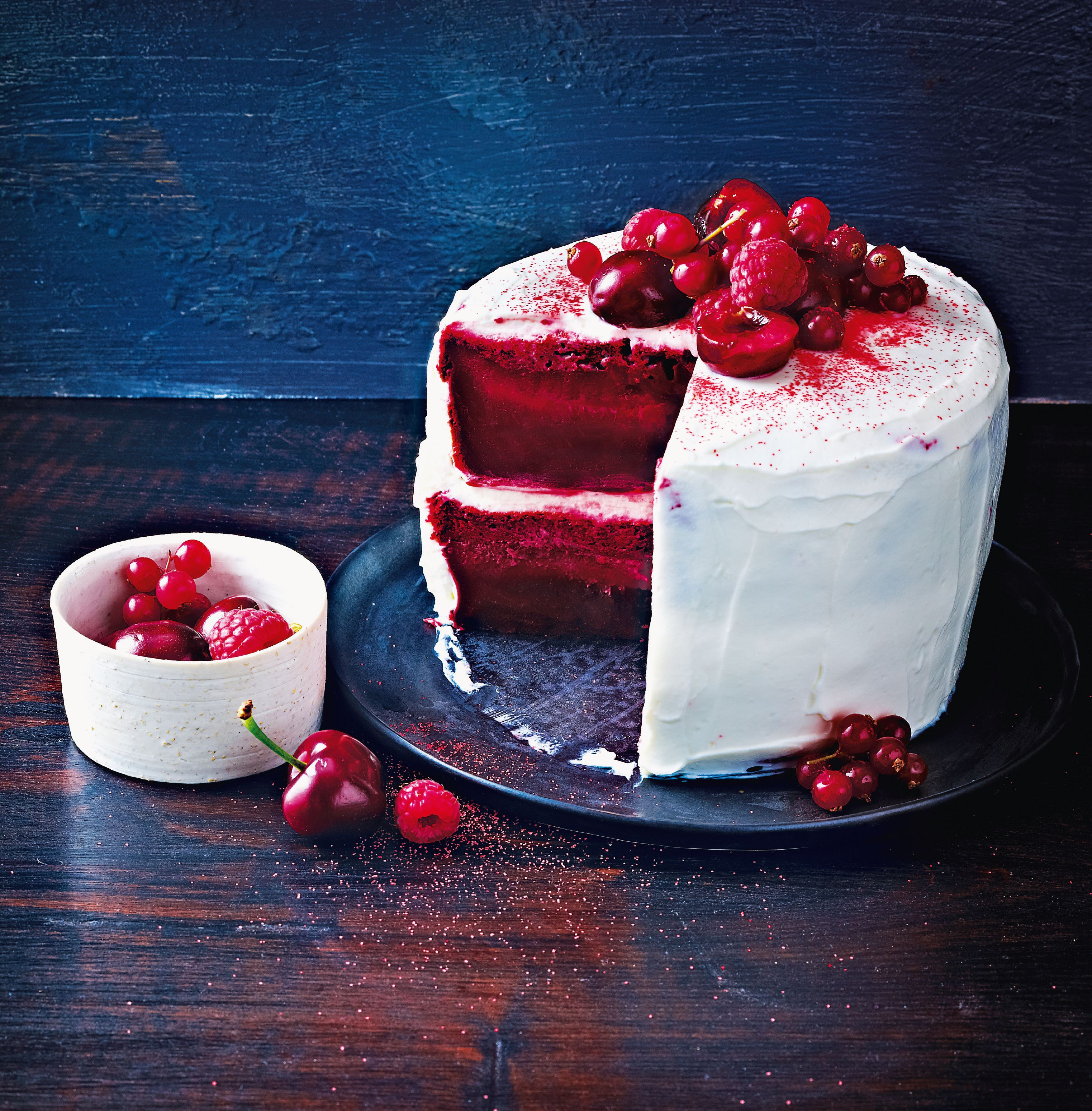 Magic red velvet cake