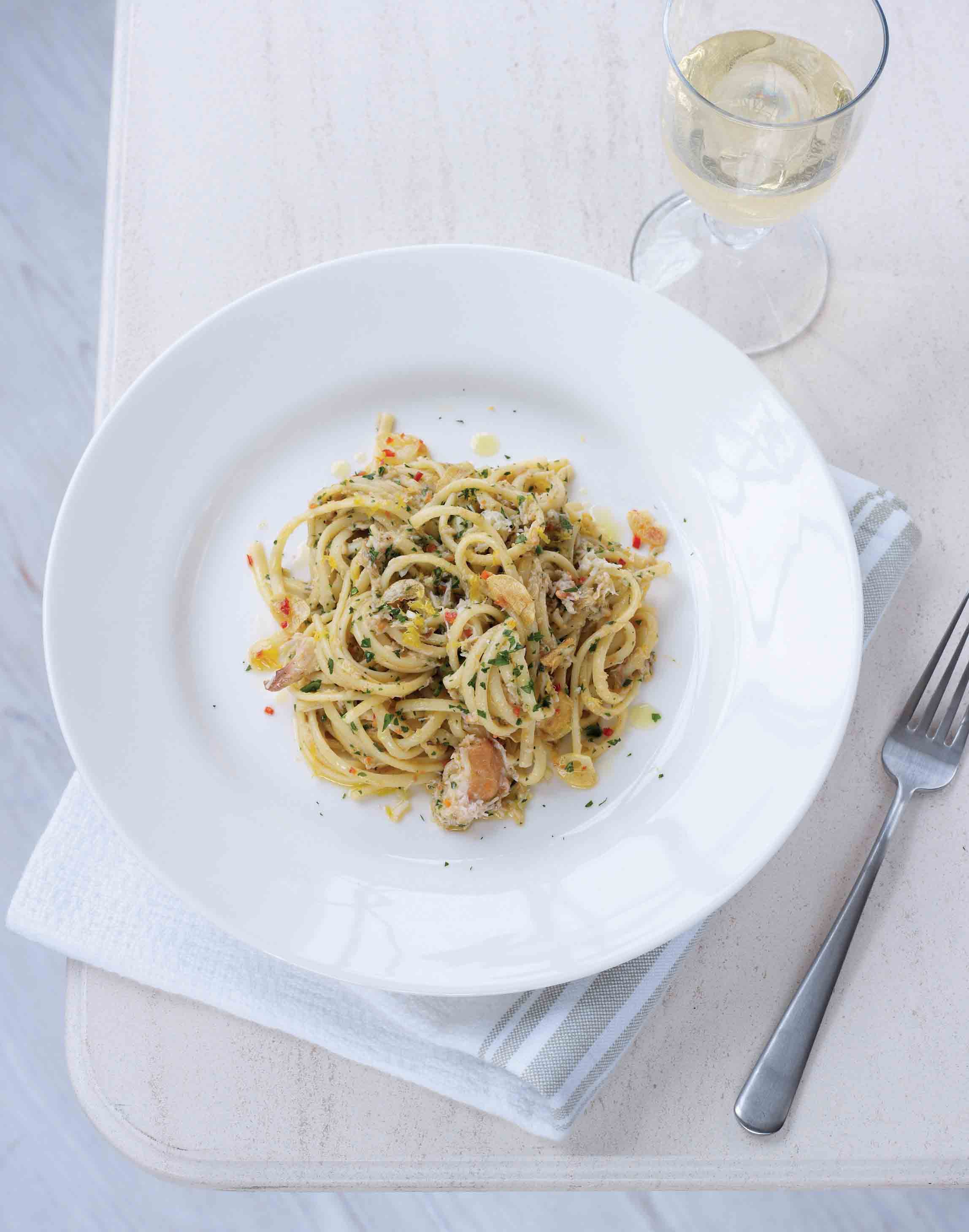 Crab linguine with chilli and lemon