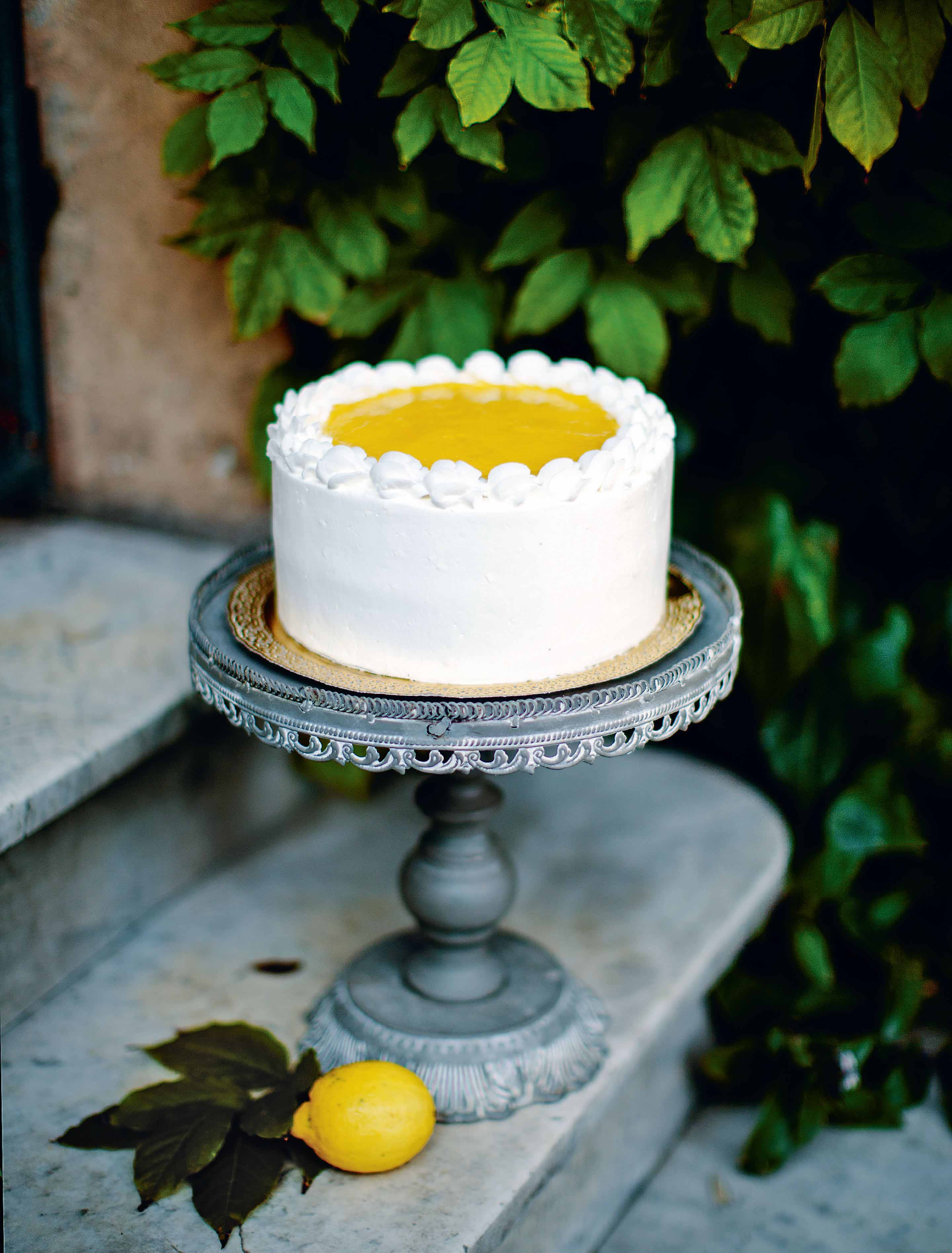 Lemon and mascarpone cake