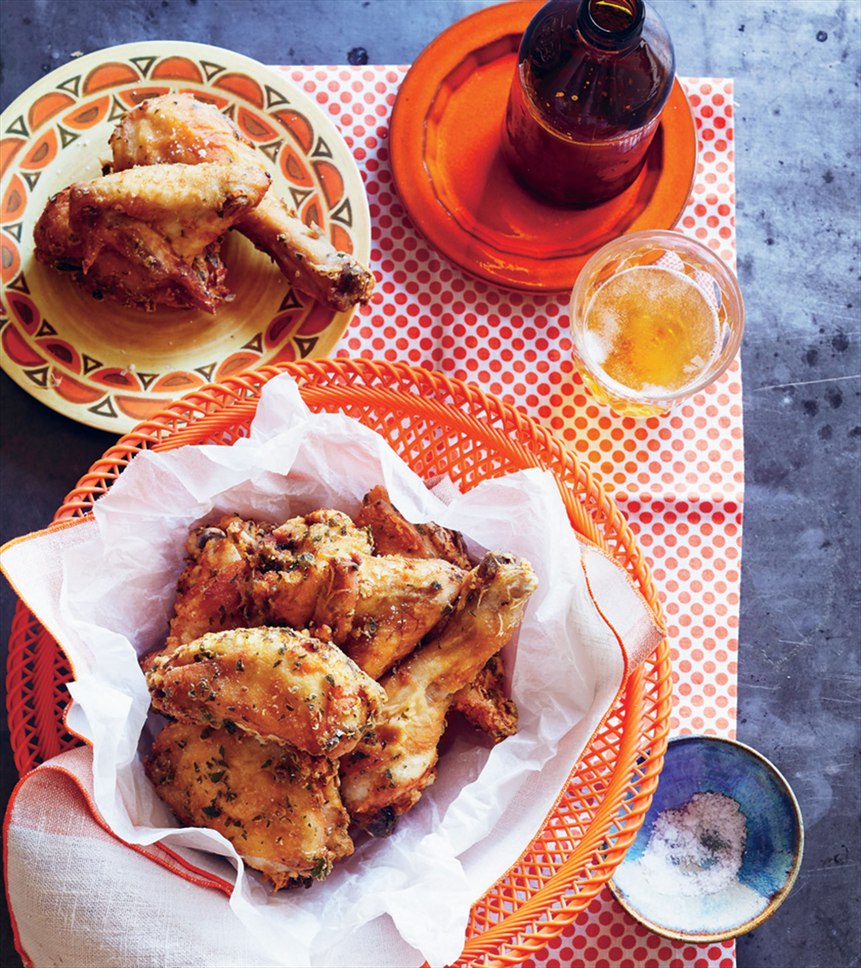 Deep-fried chicken with wine and lemon