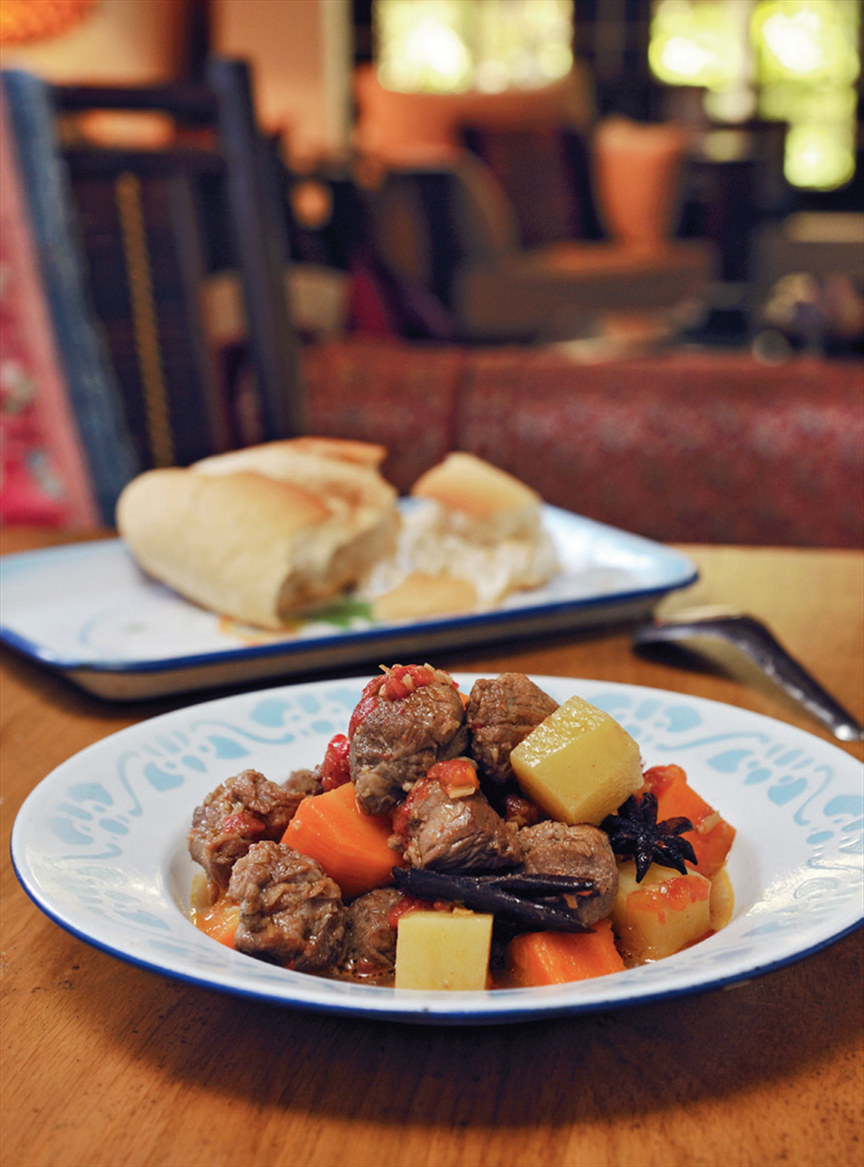 Braised beef with lemongrass and star anise