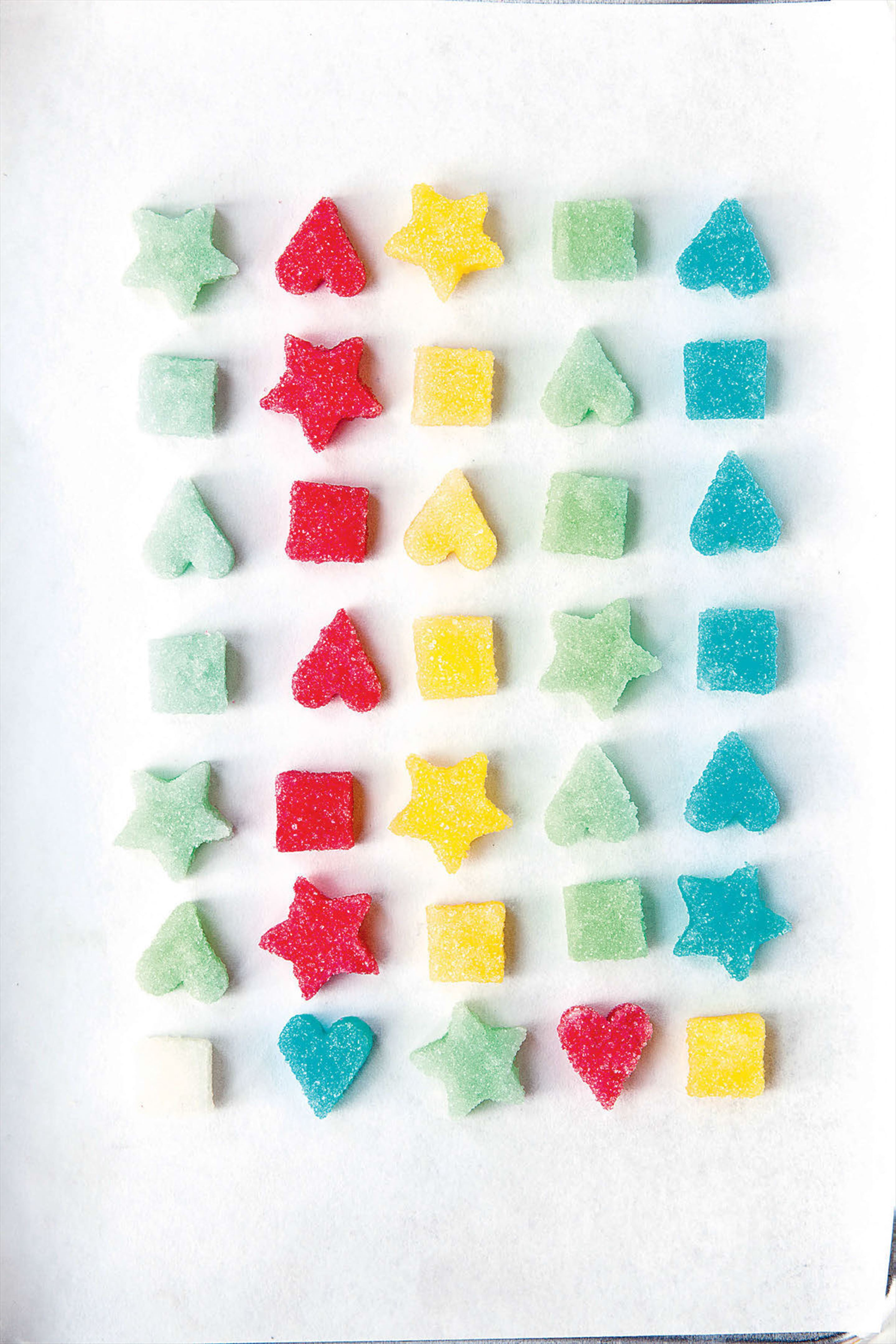 Coloured sugar shapes