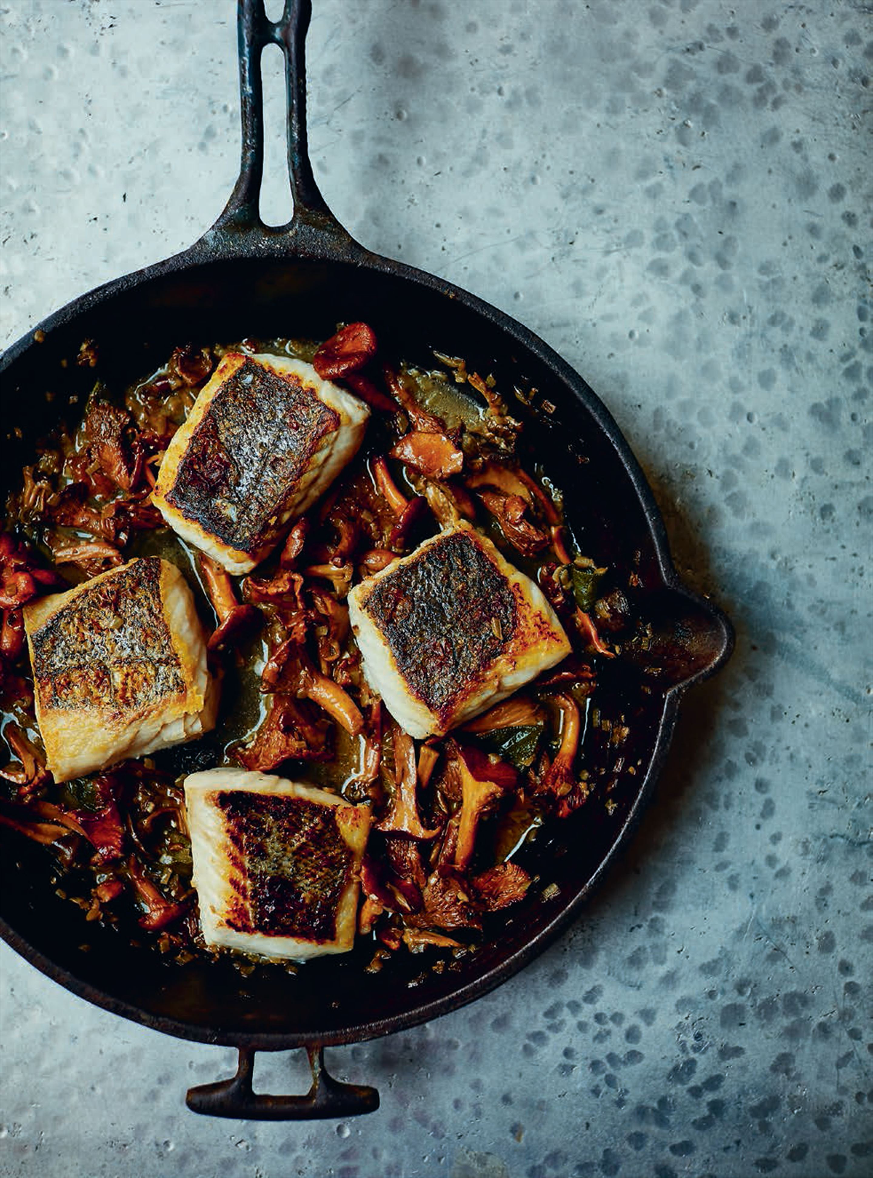 Pan-fried hake with sautéed wild chanterelles & sage