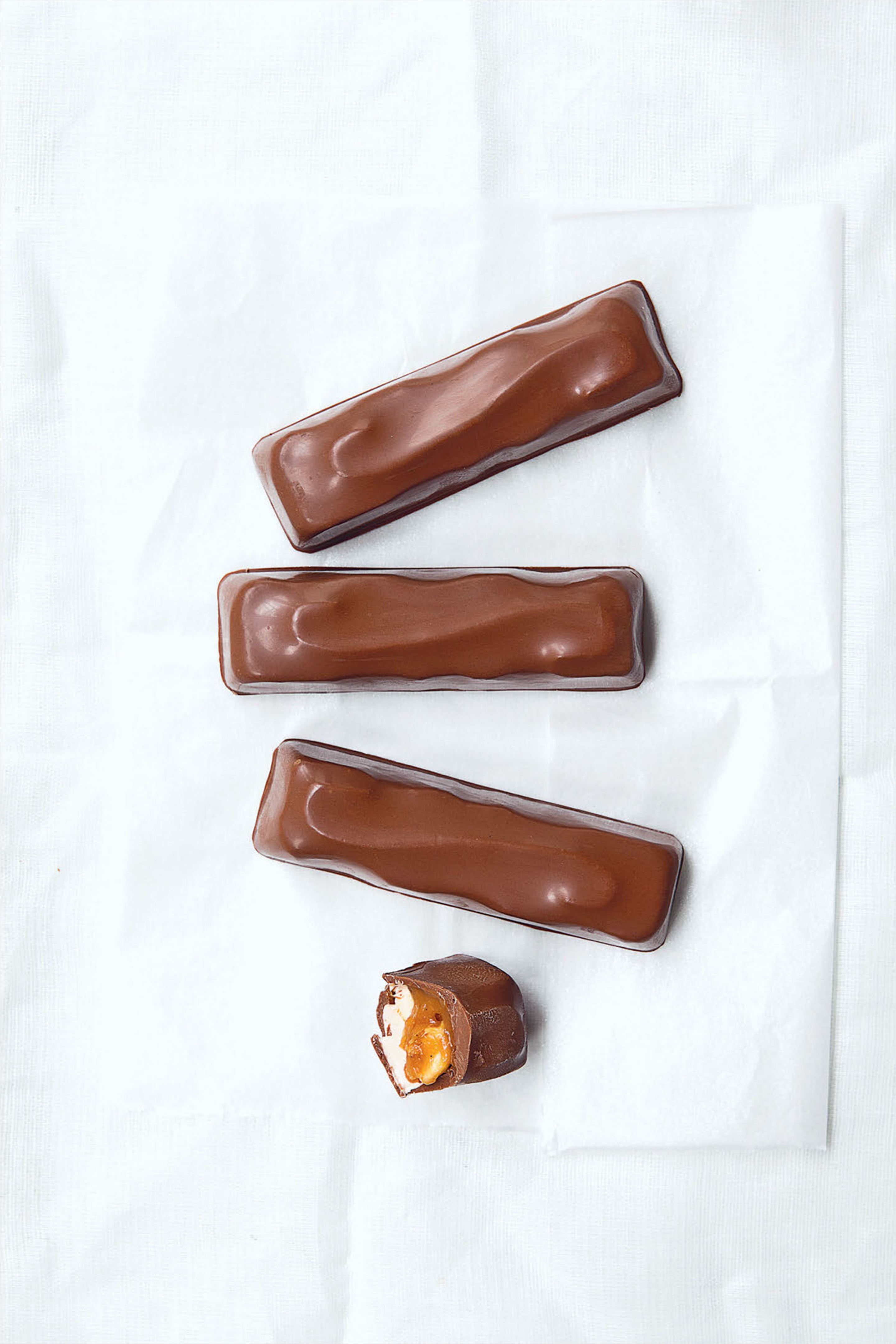 Peanut and caramel chocolate bars