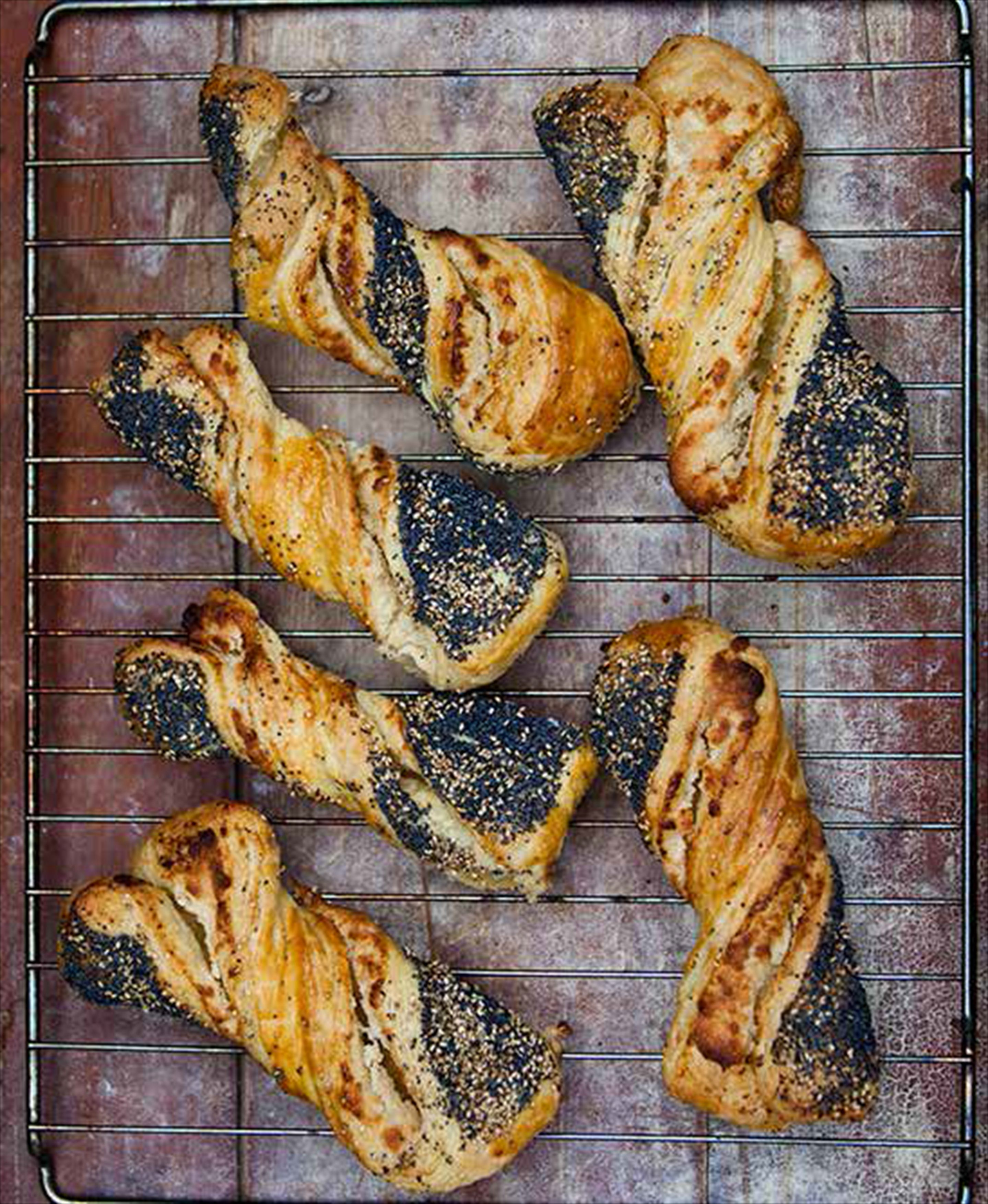Poppy and sesame danish