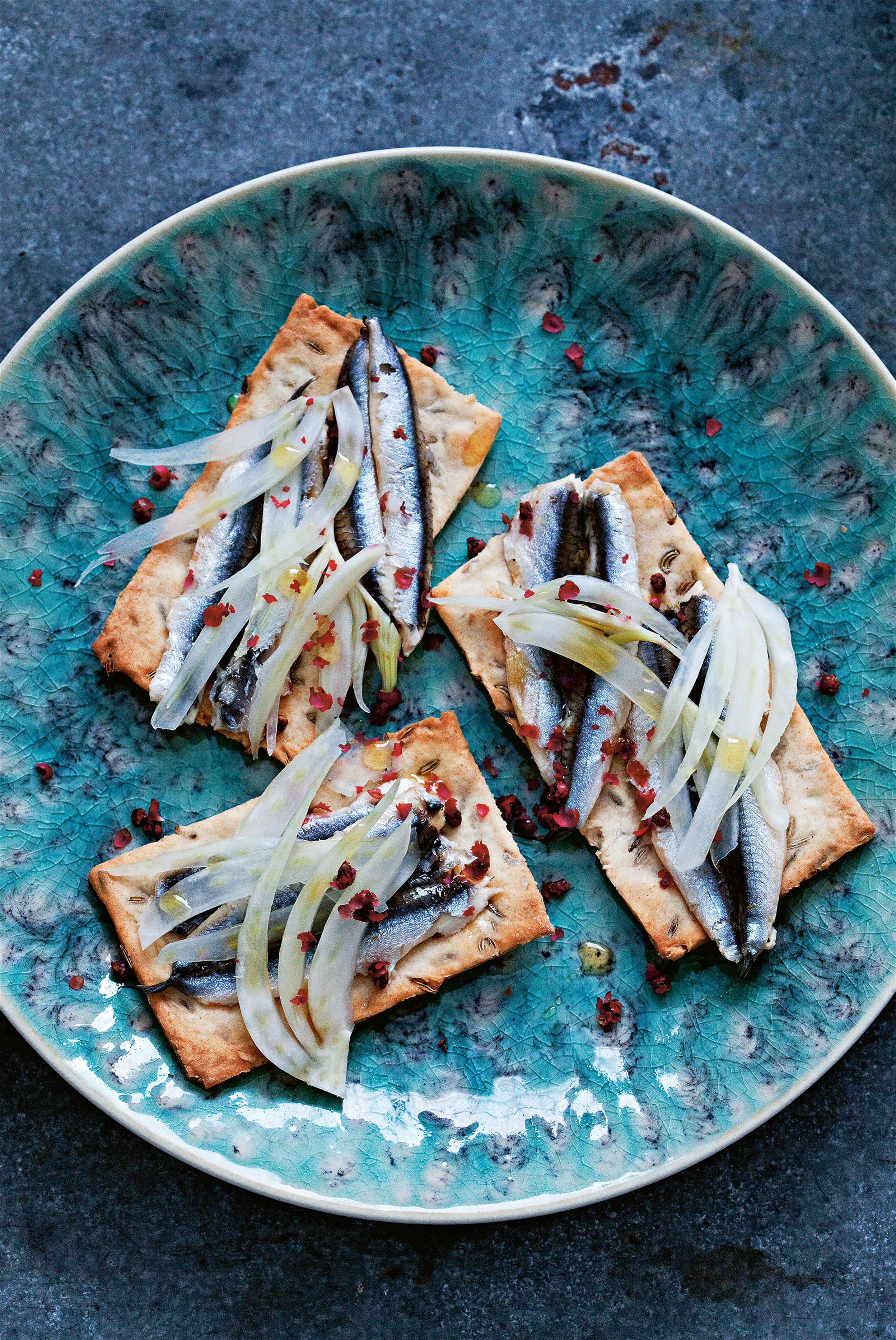 Sour cream & fennel seed crackers with anchovies