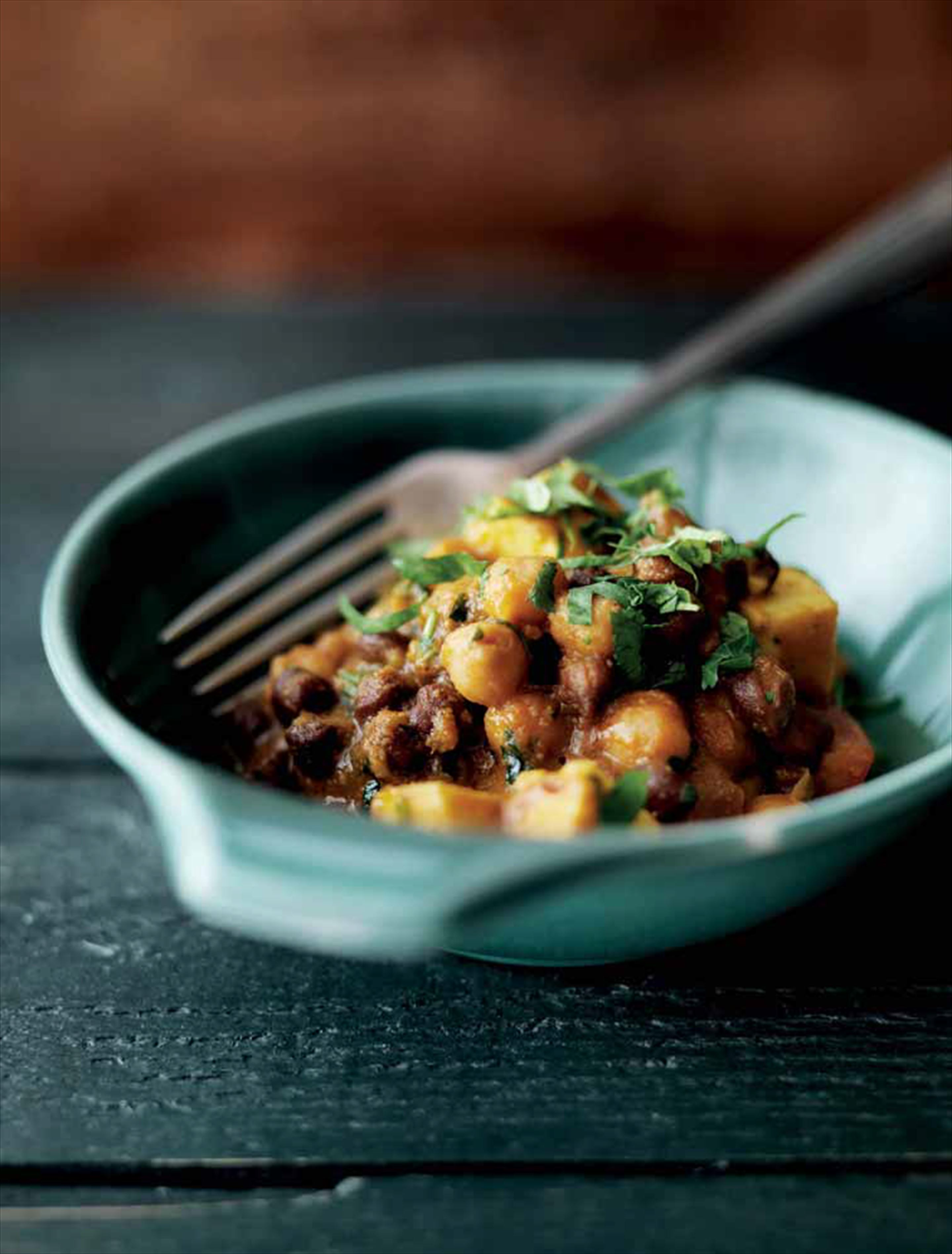 Paneer and black chickpea curry