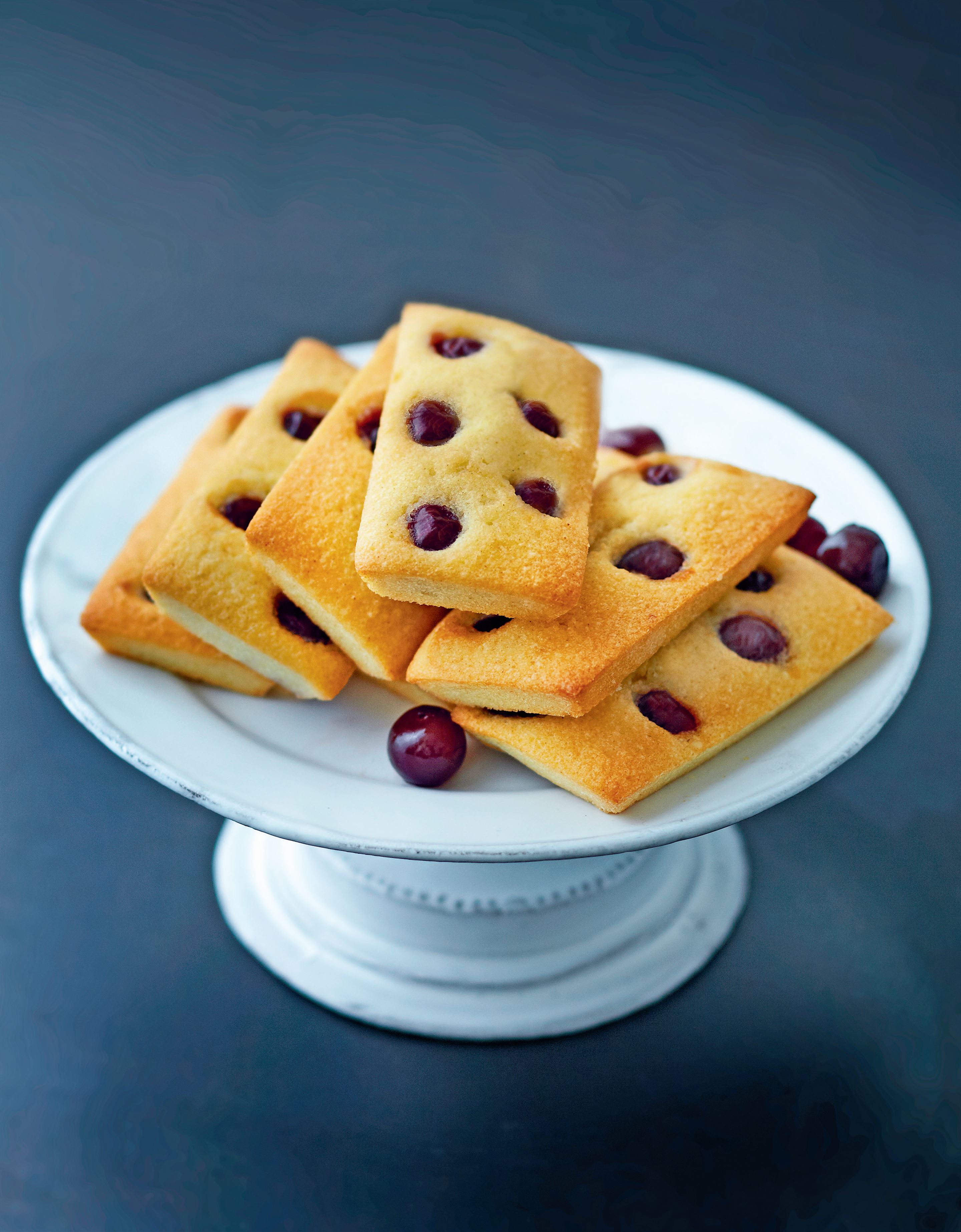 Morello cherry financiers