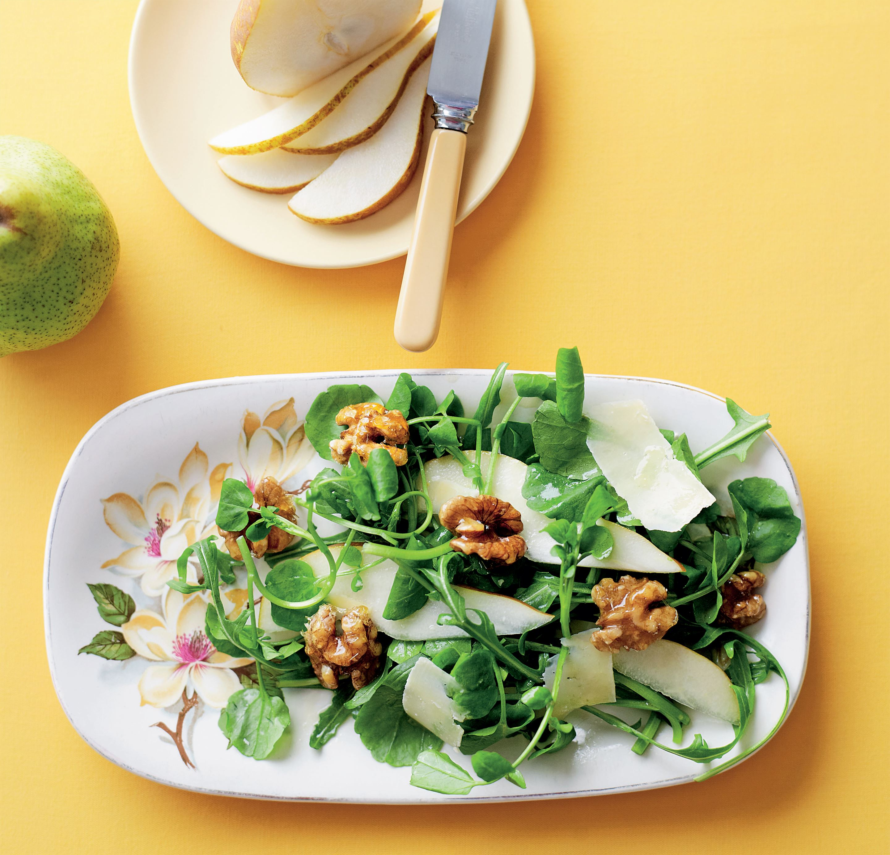 Rocket and pear salad
