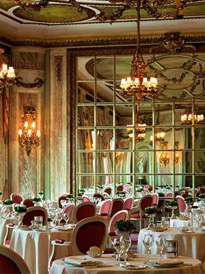 Eating on the job: The Ritz