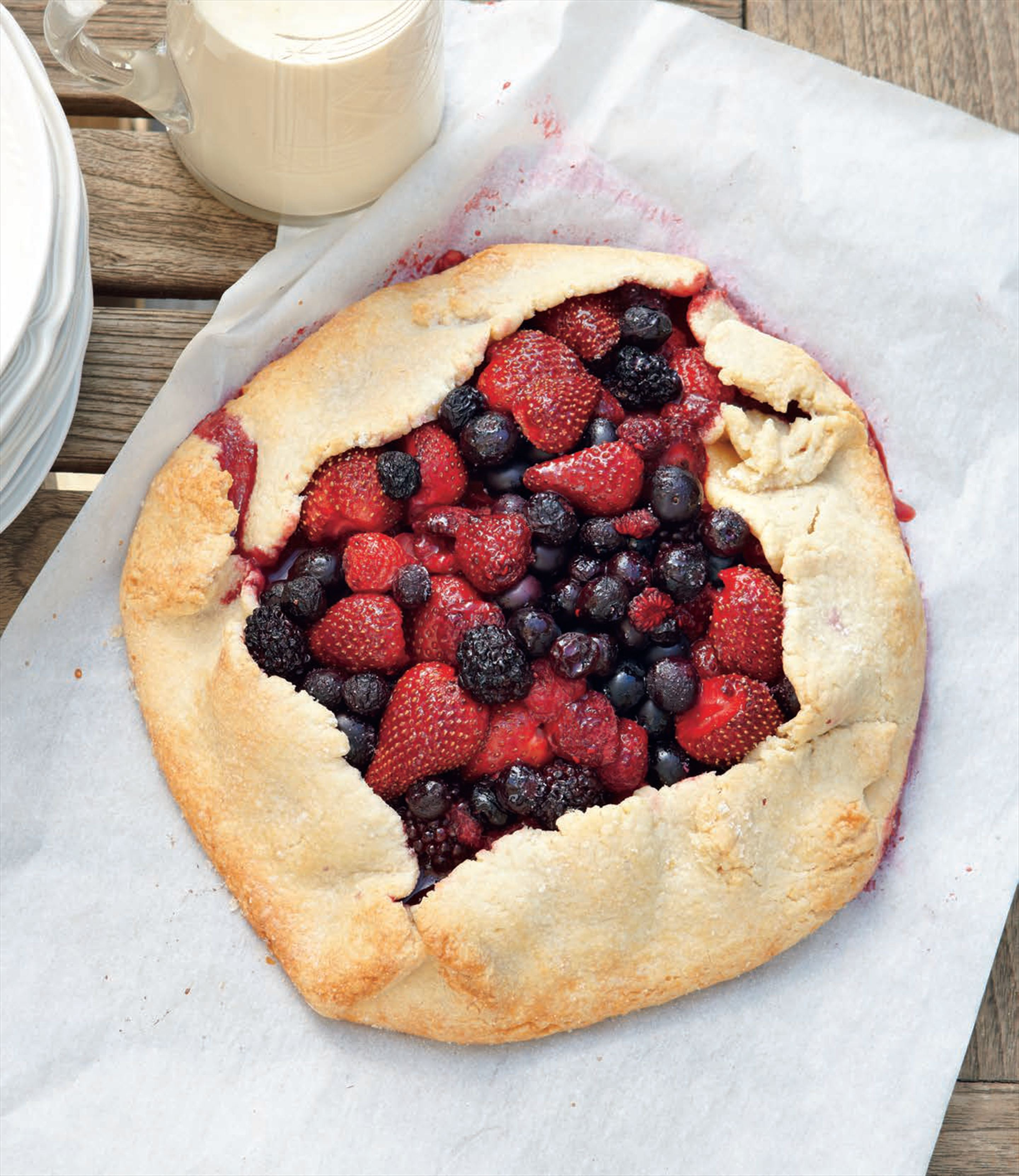 Freeform berry tart