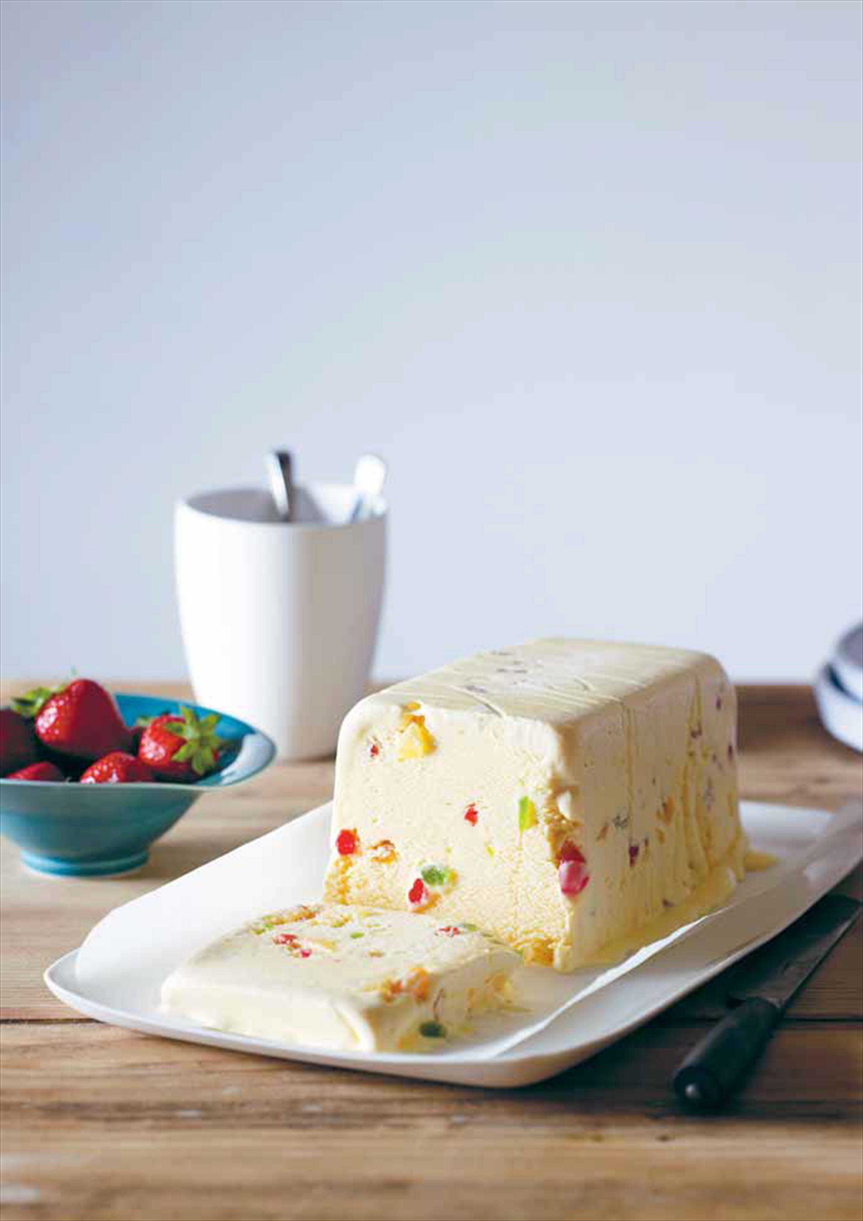 Christmas ice cream cake