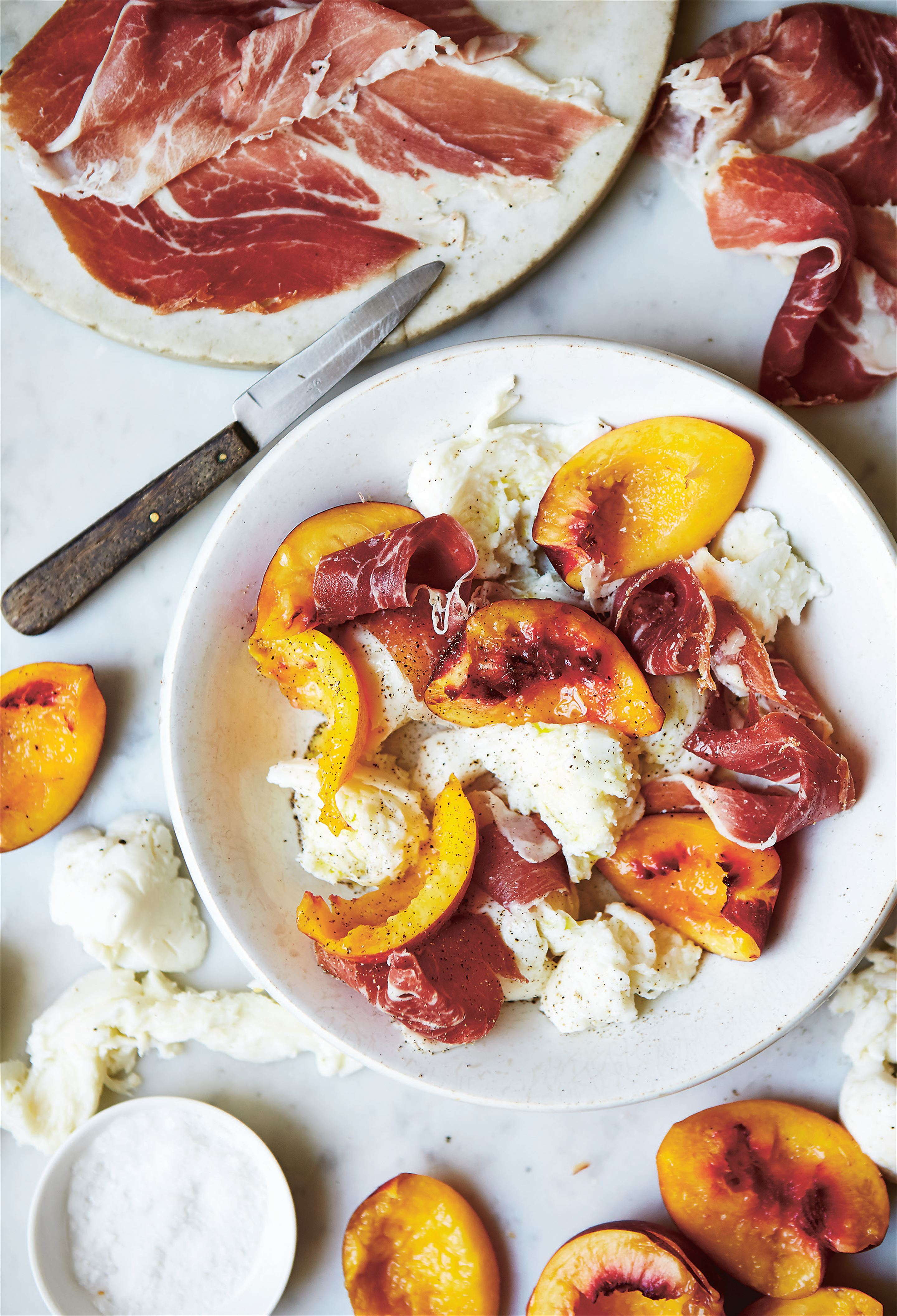 Mozzarella, peaches and prosciutto