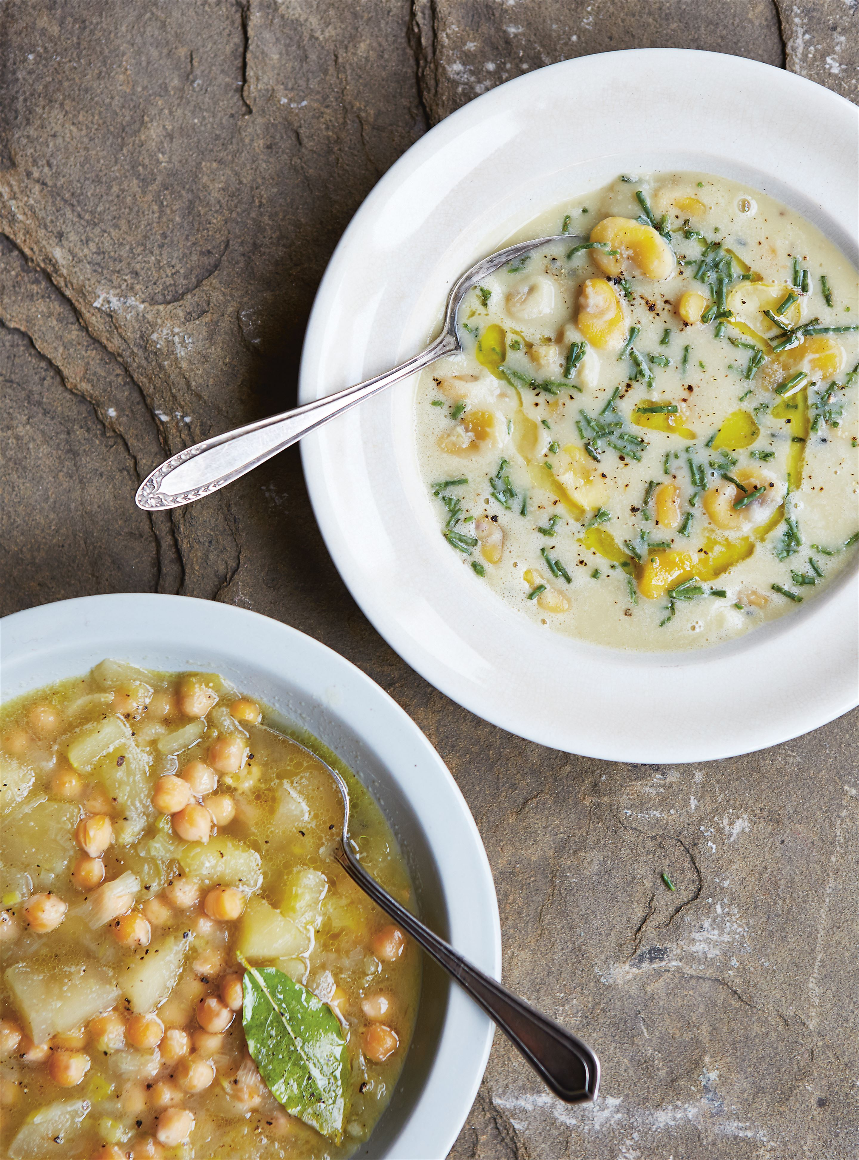 Chickpea & apple soup