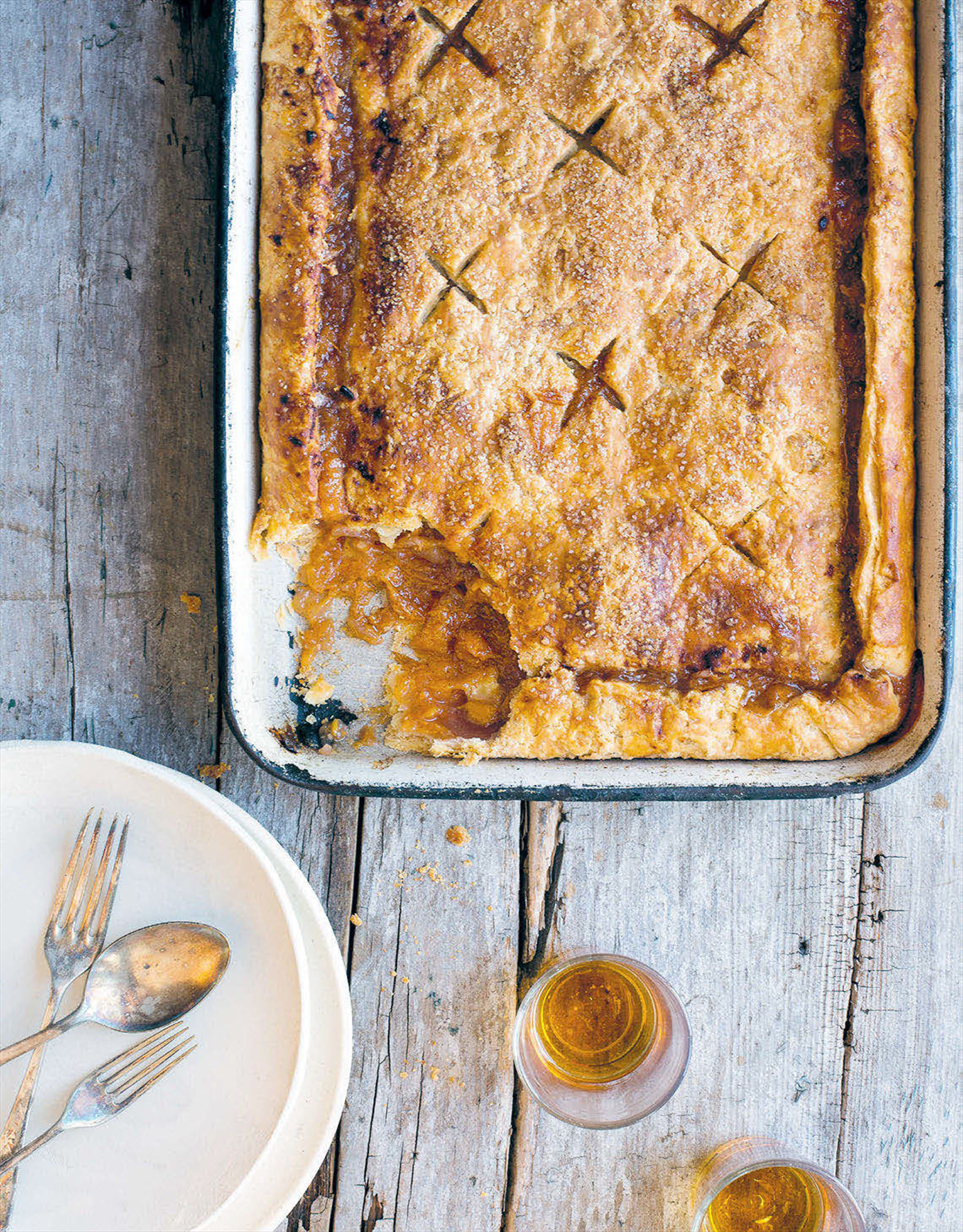 Peach, white chocolate and bourbon slab pie