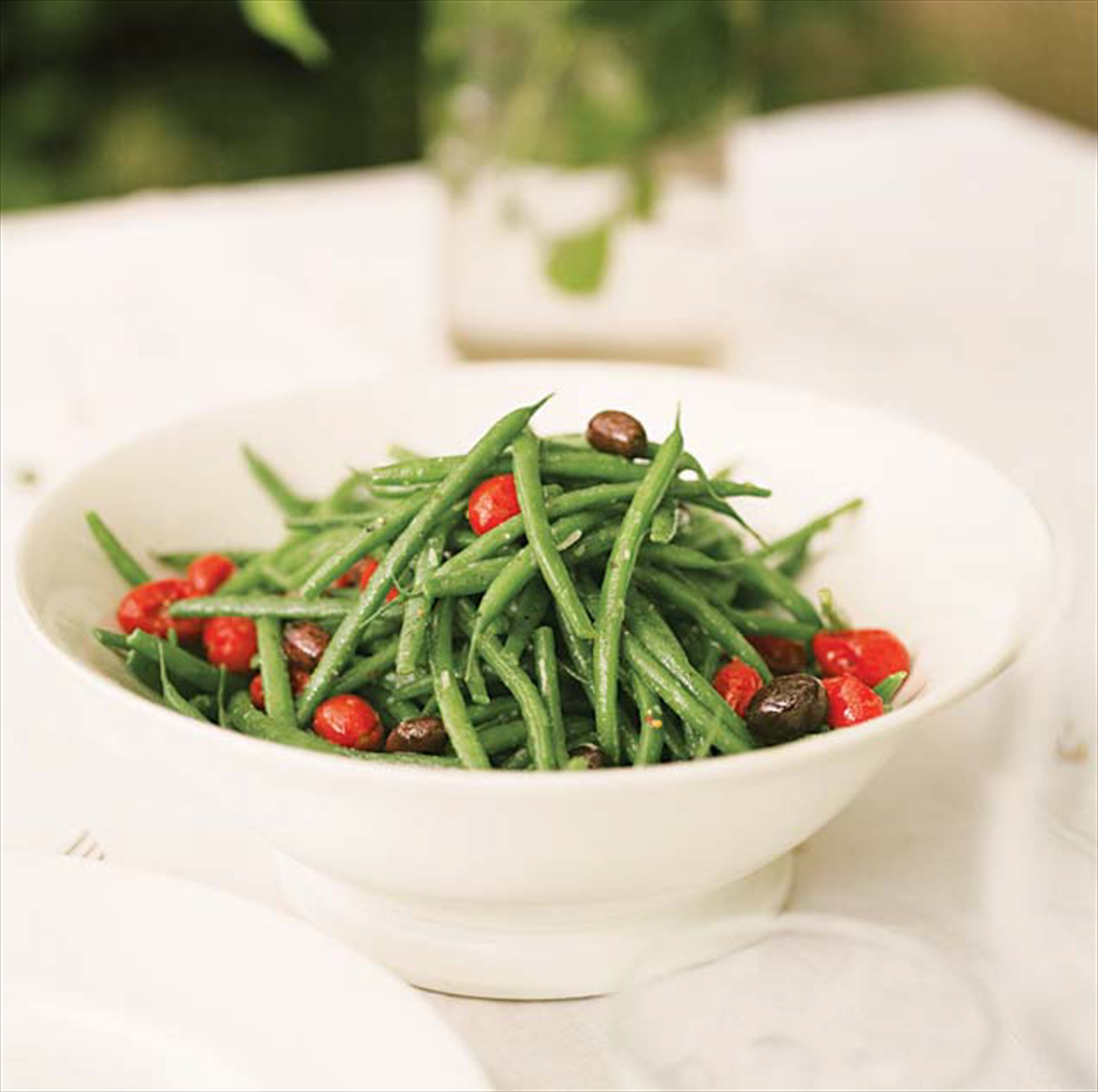 Green beans with roasted tomatoes and olives