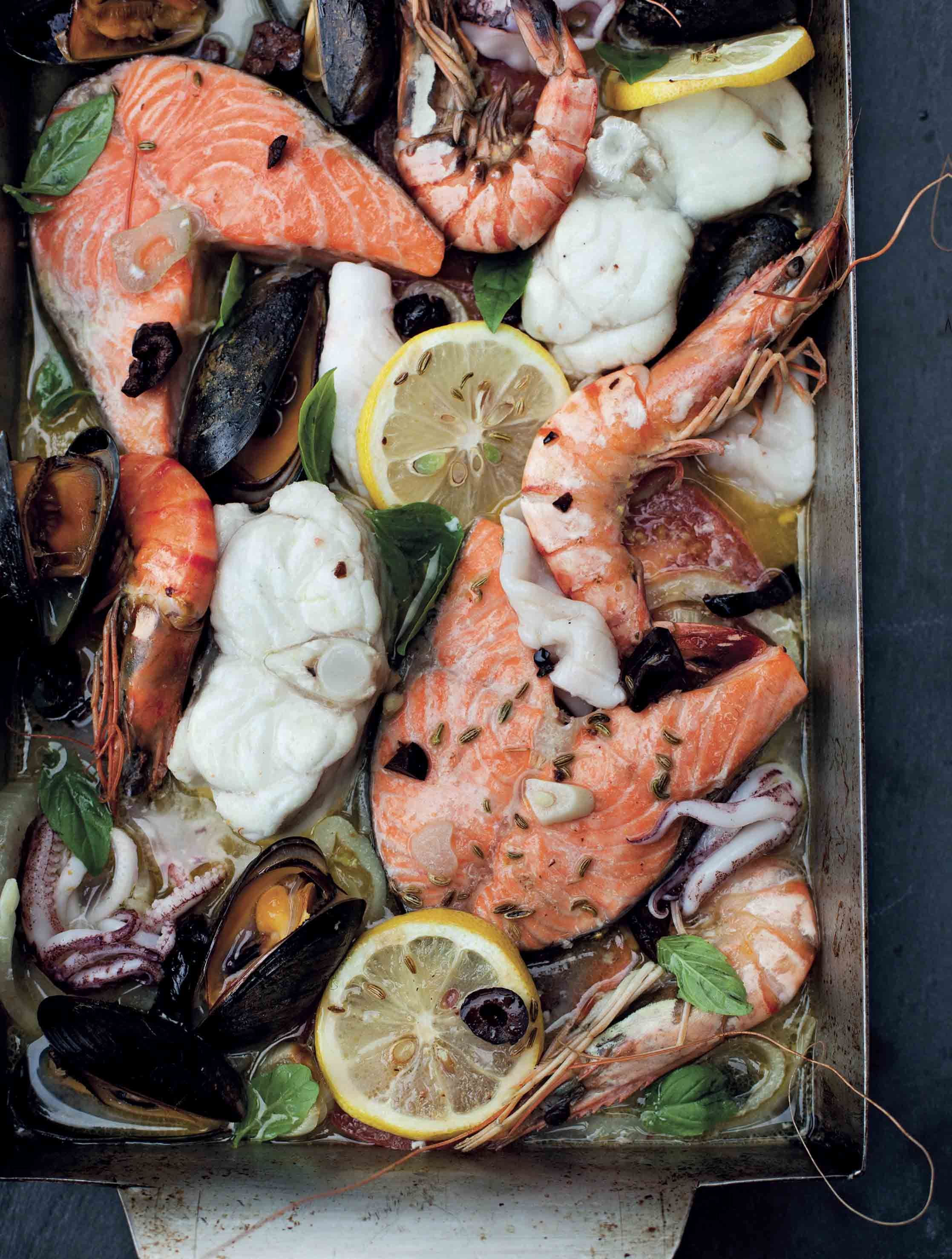 Fish tray bake with fennel and lemon