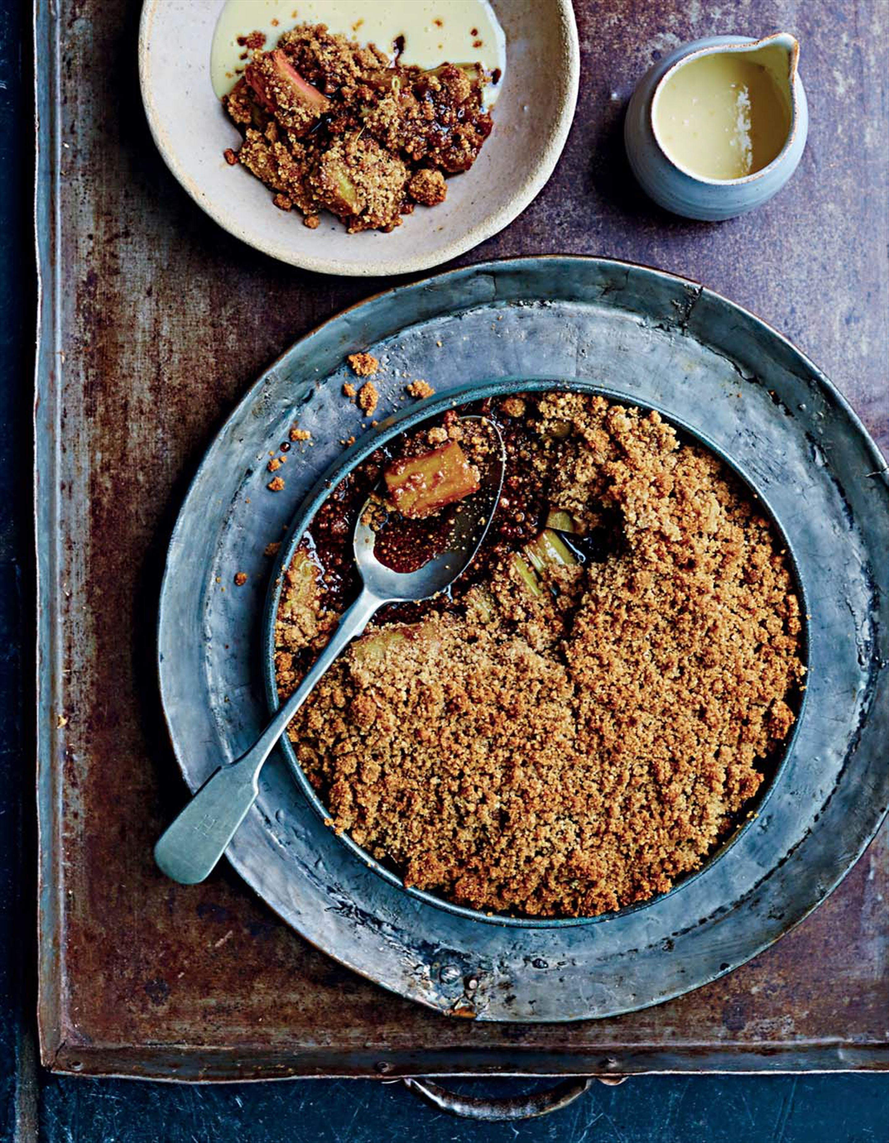 Rhubarb crumble and ginger custard